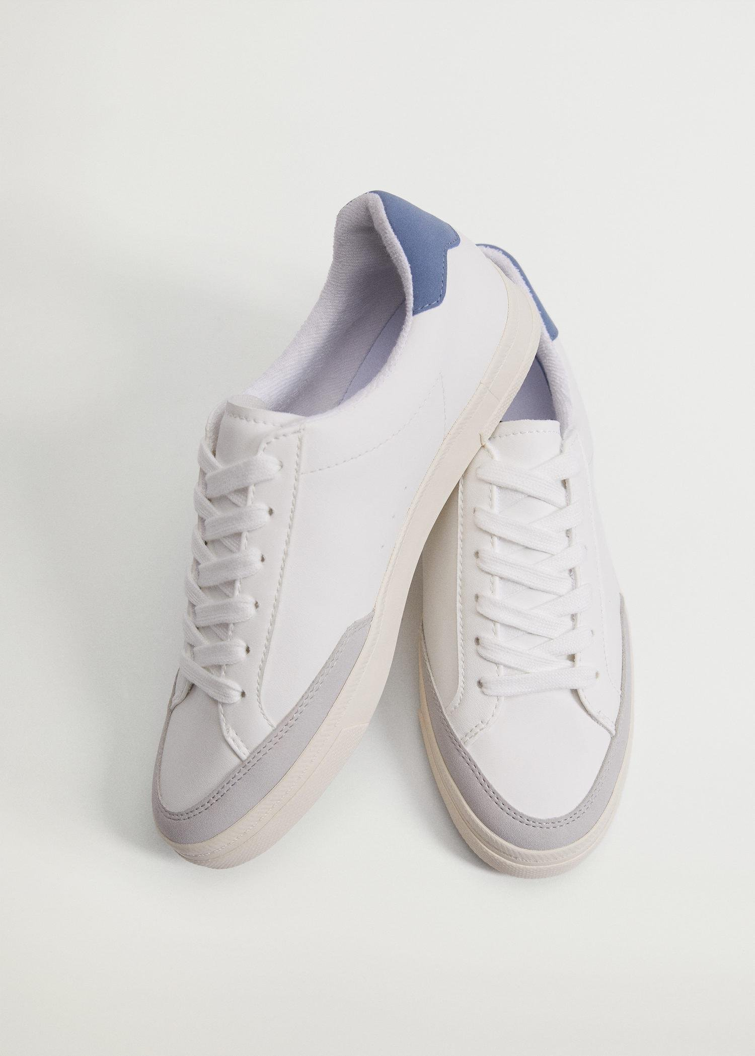 Laces basic sneakers 1