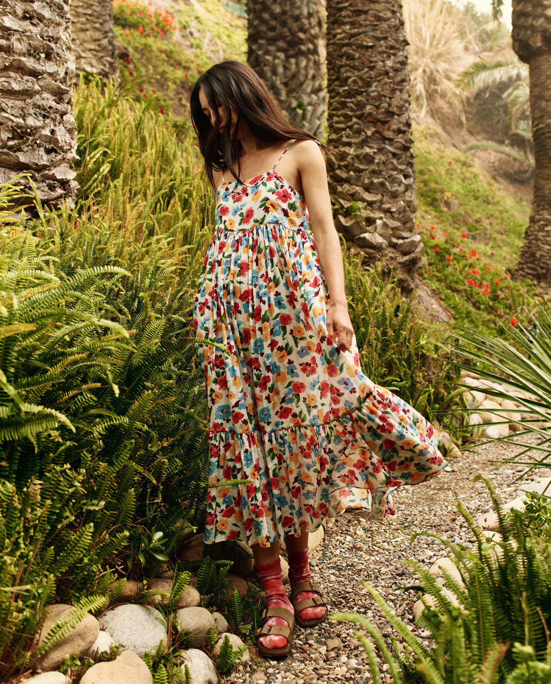 The Dainty Dress. -- Tropical Floral 2