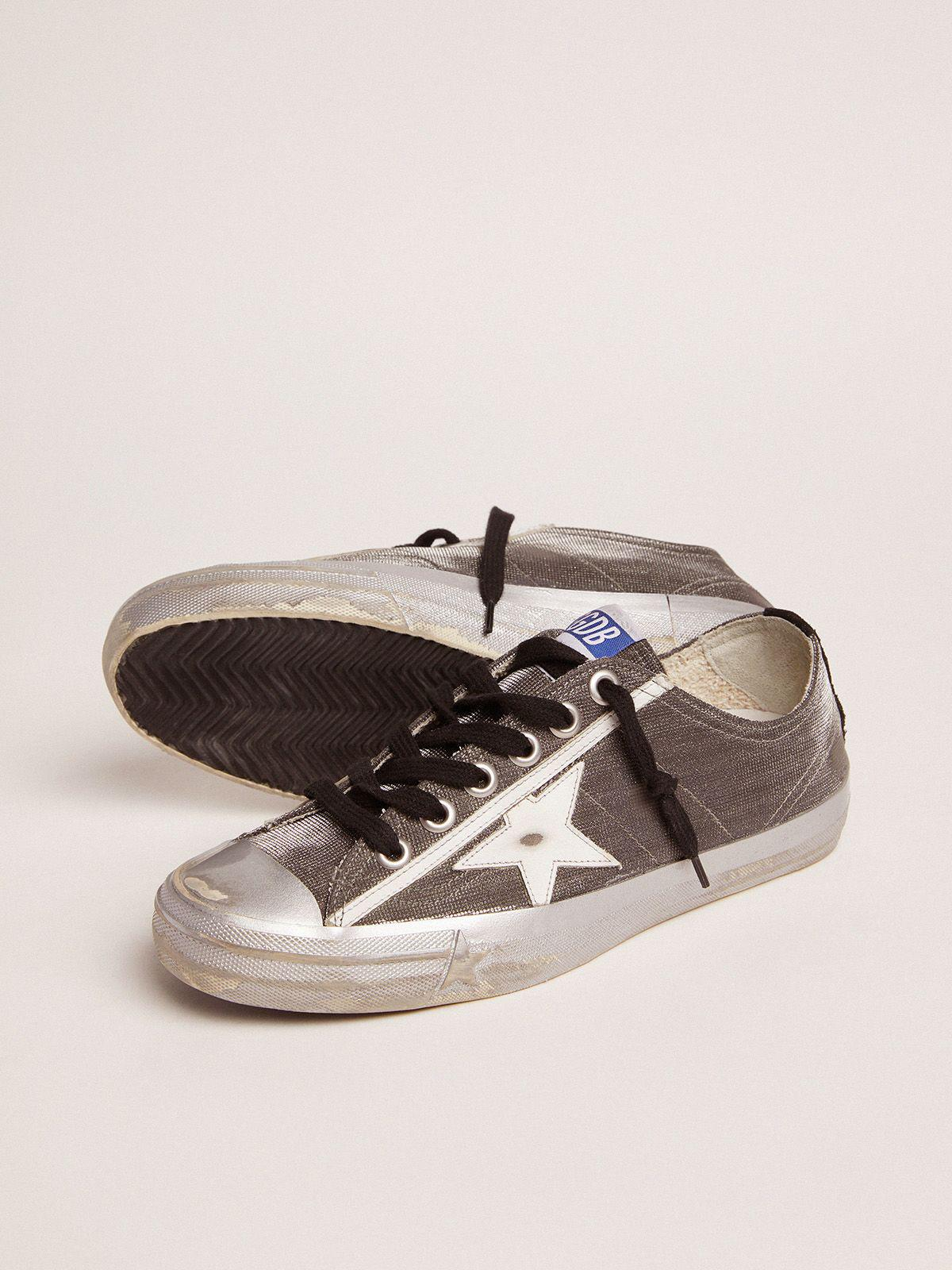 Dark gray V-Star LTD sneakers with checkered pattern and white star 2