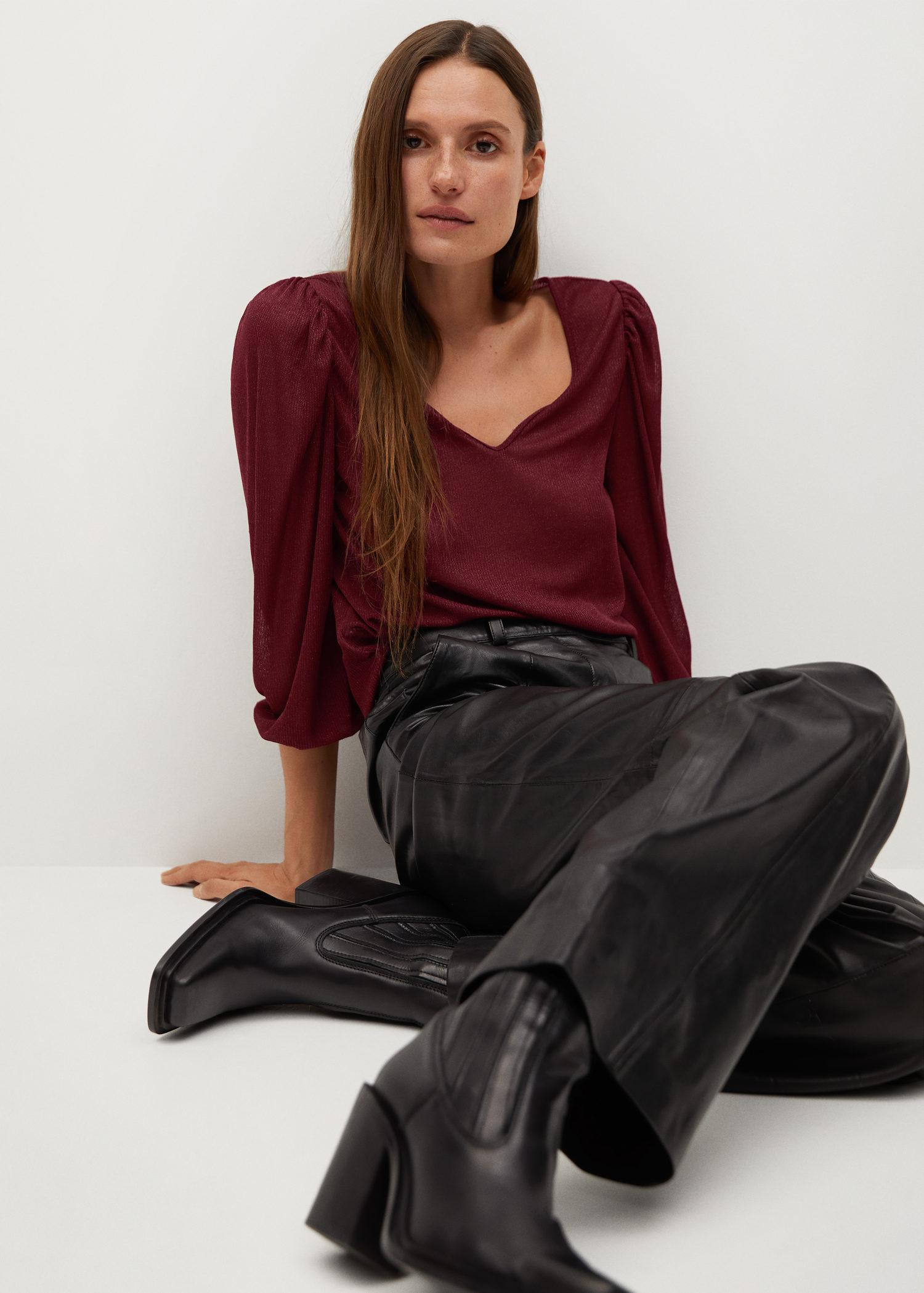T-shirt with puffed sleeves 3
