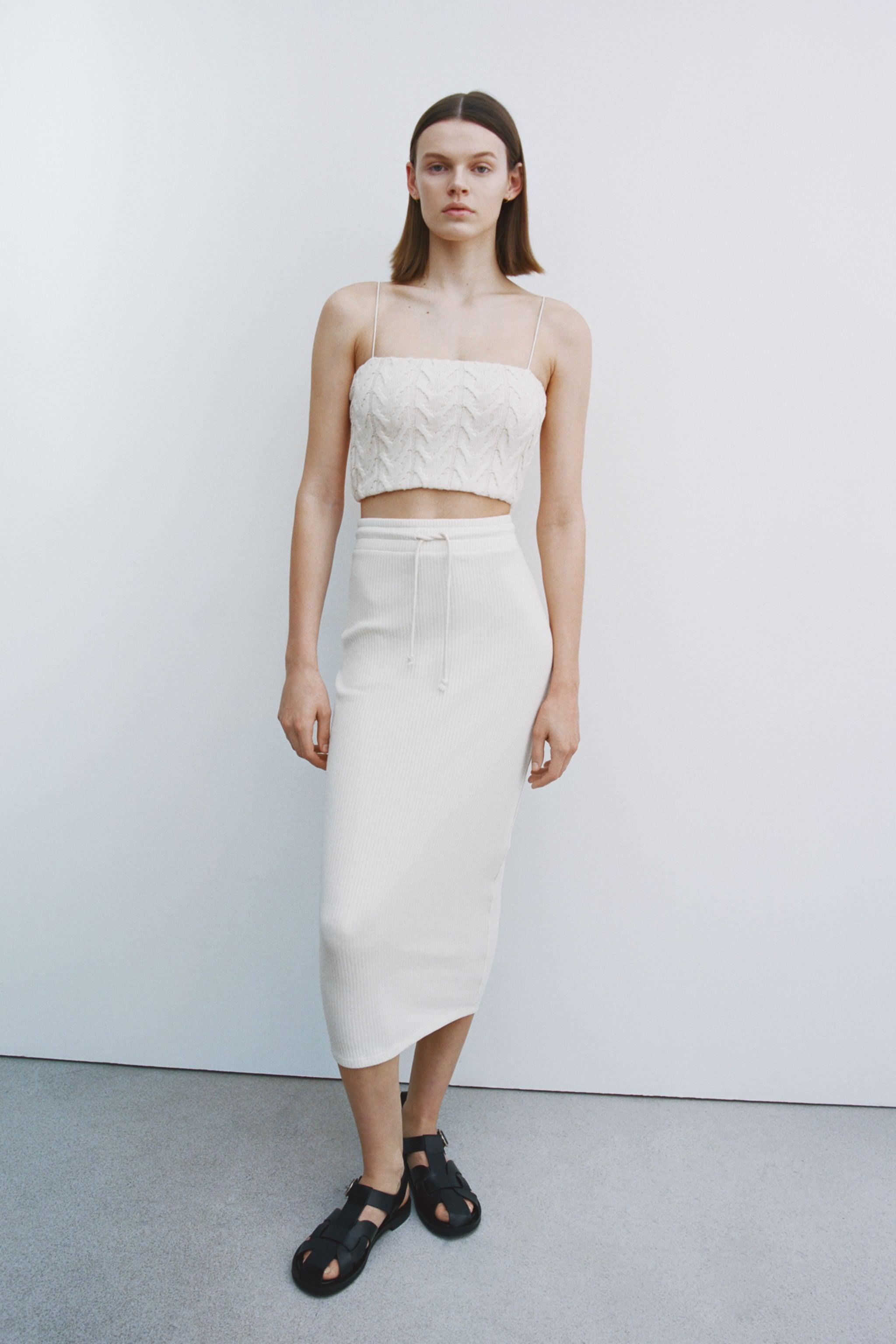 CABLE-KNIT CROP TOP 0