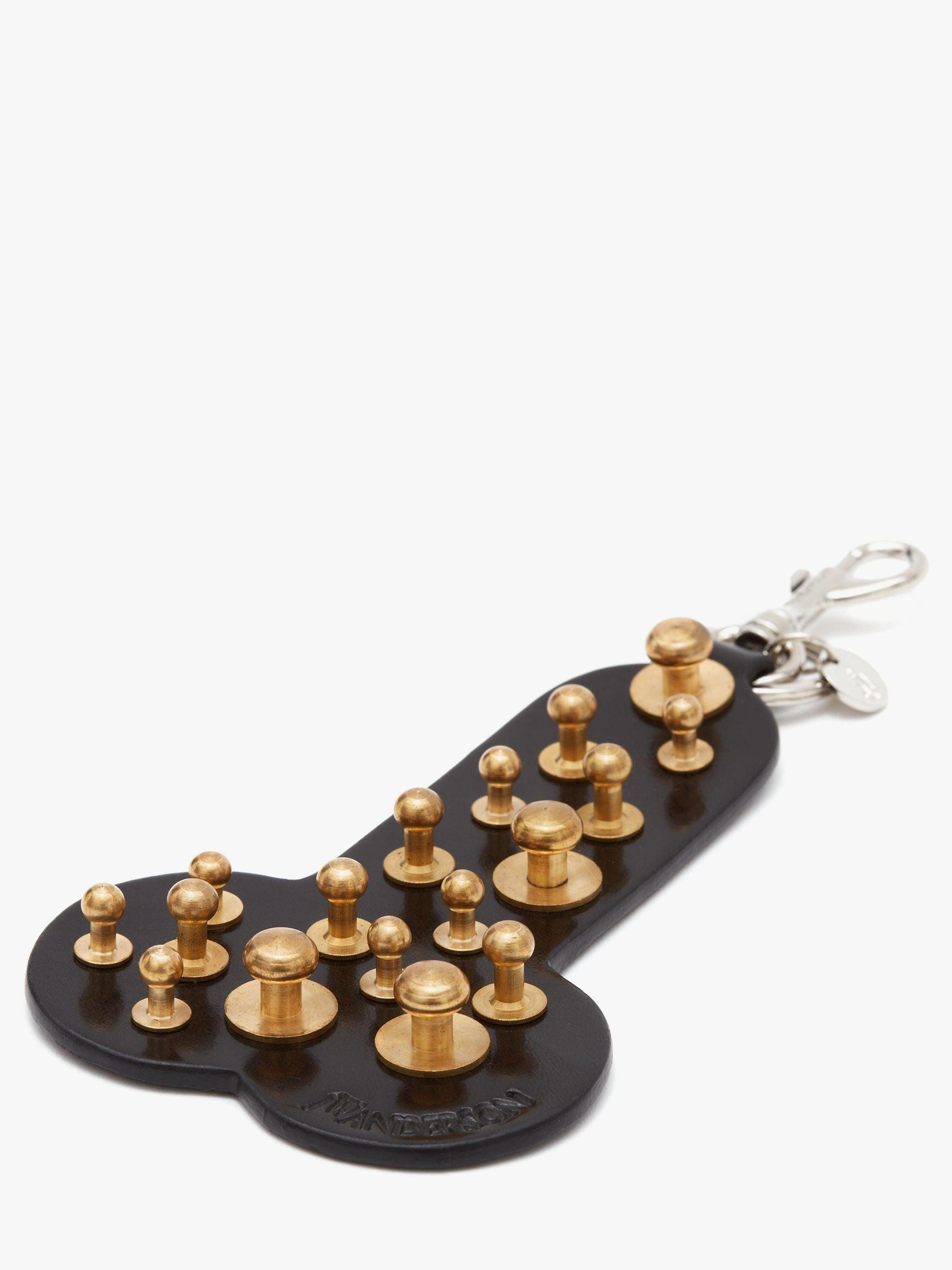 MADE IN BRITAIN: STUDDED PENIS KEYRING 2
