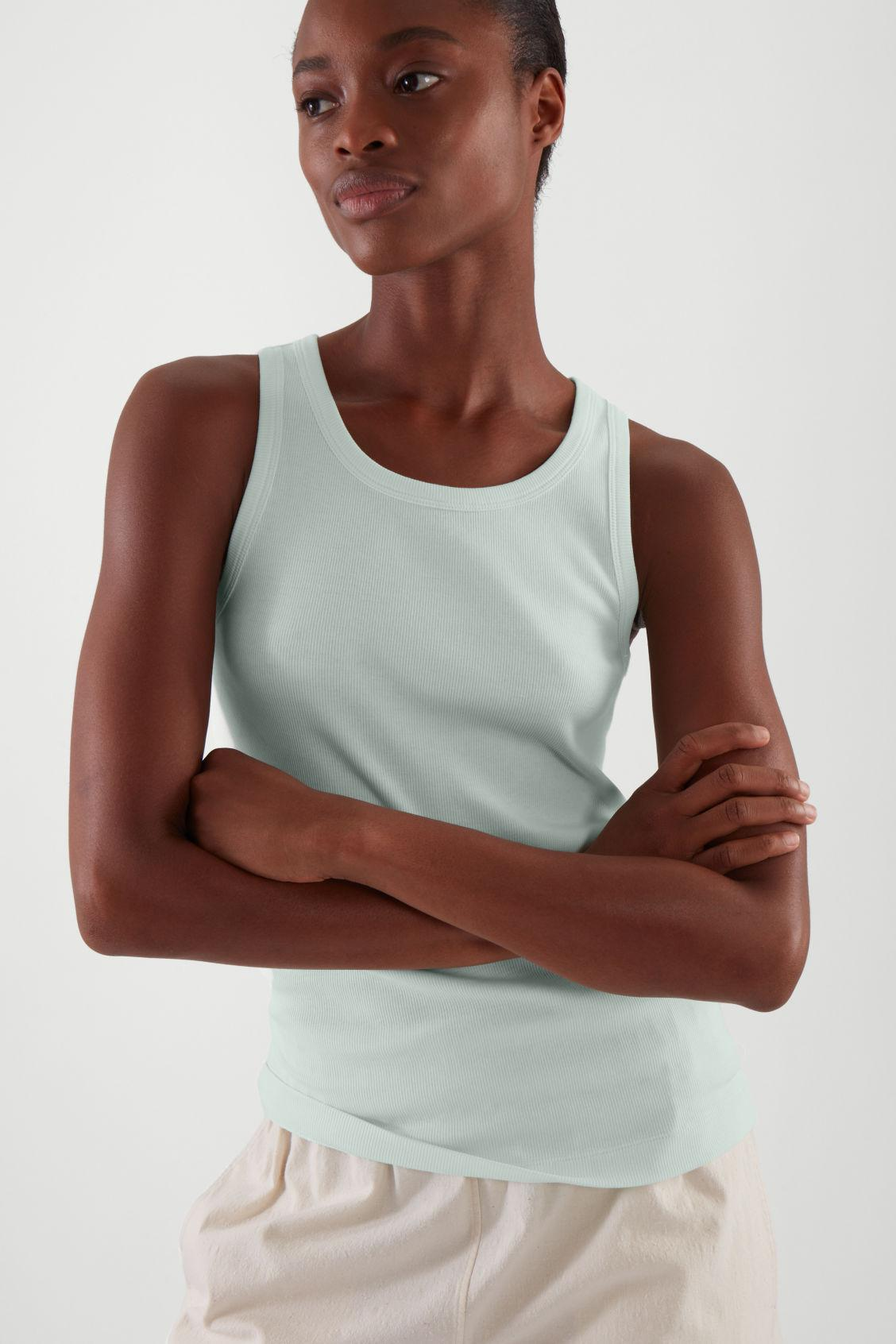 FITTED VEST TOP 2