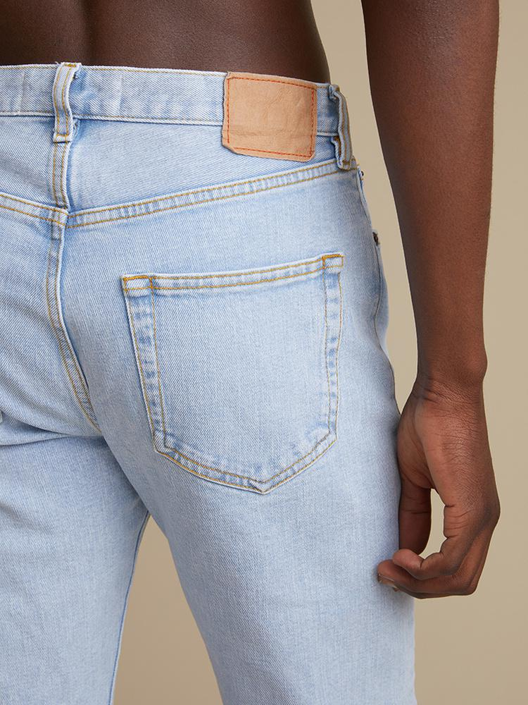 TM005 Tapered Jeans 4