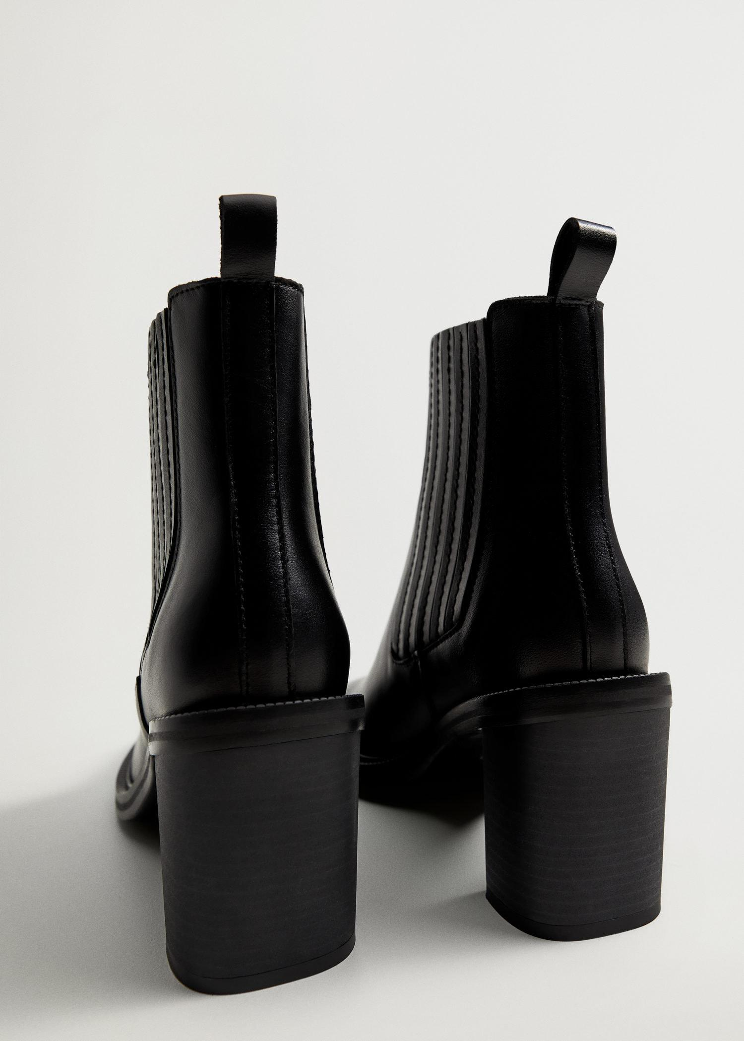 Elastic panels leather ankle boots 2