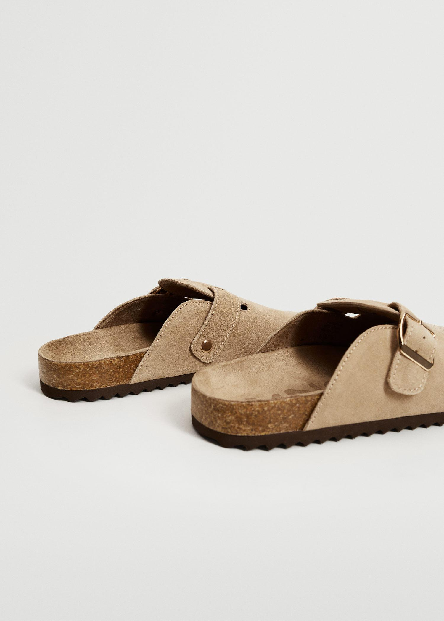 Pin leather clog 2