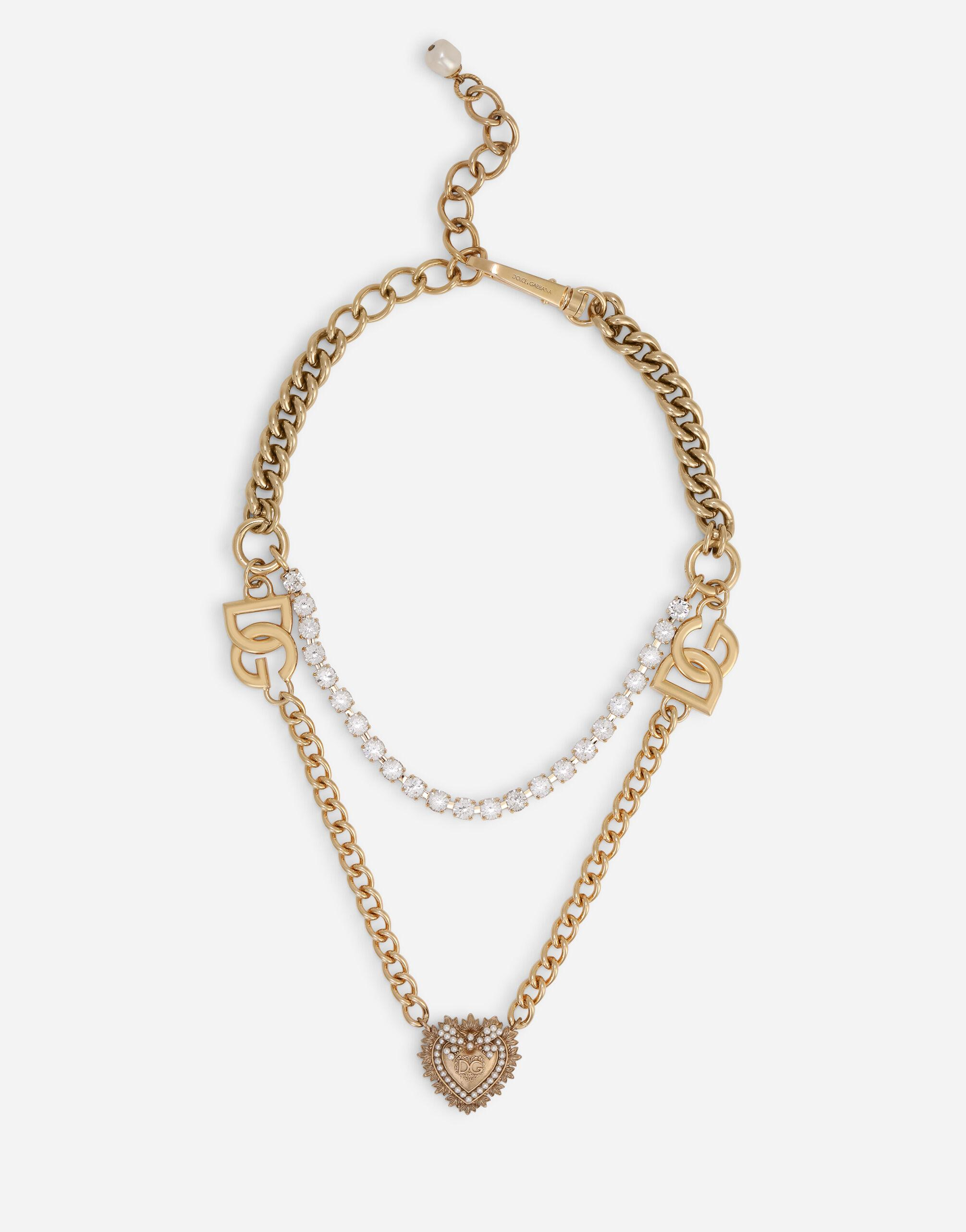 Double-chain necklace with sacred heart pendant