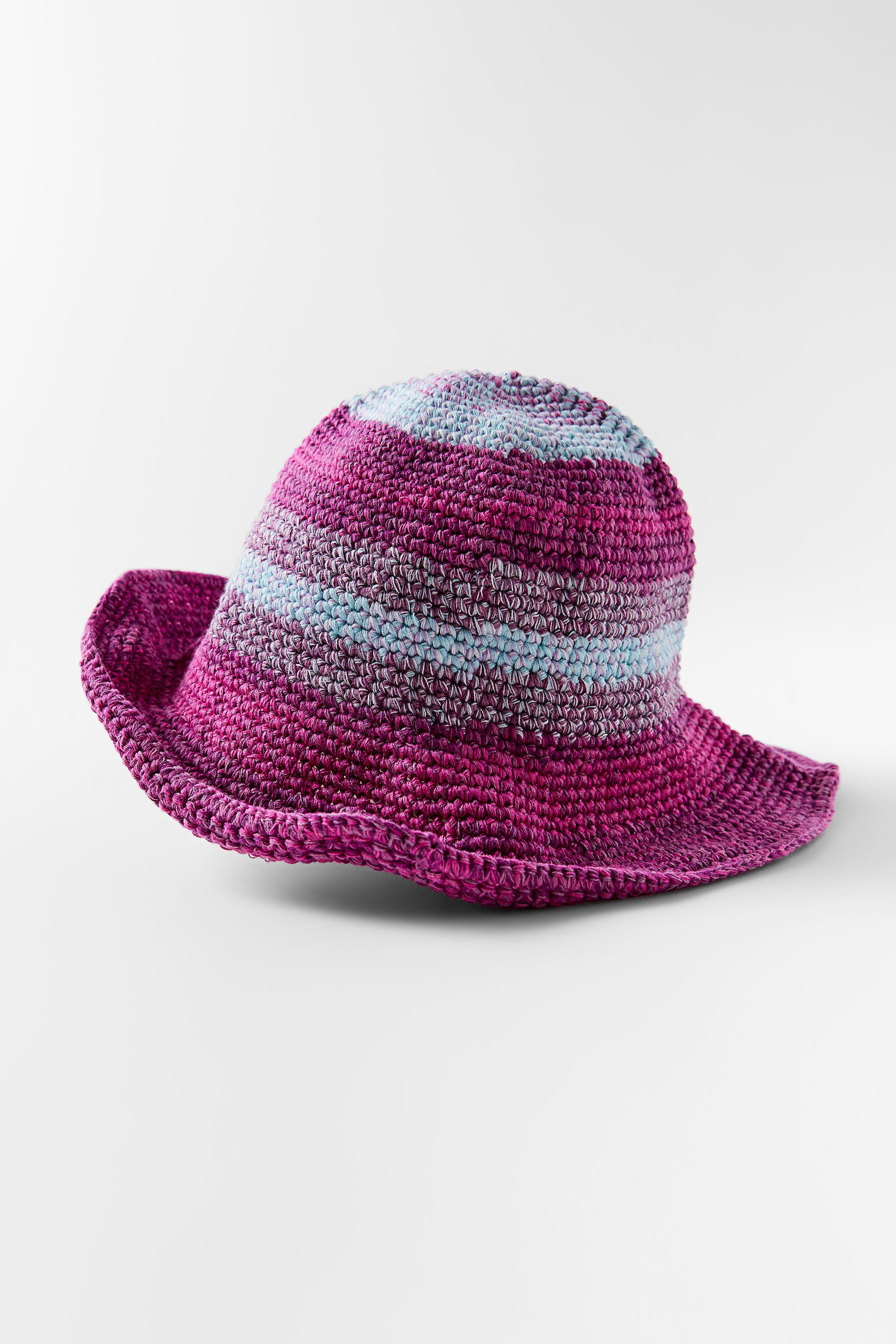 MULTICOLORED CROCHETED HAT 1