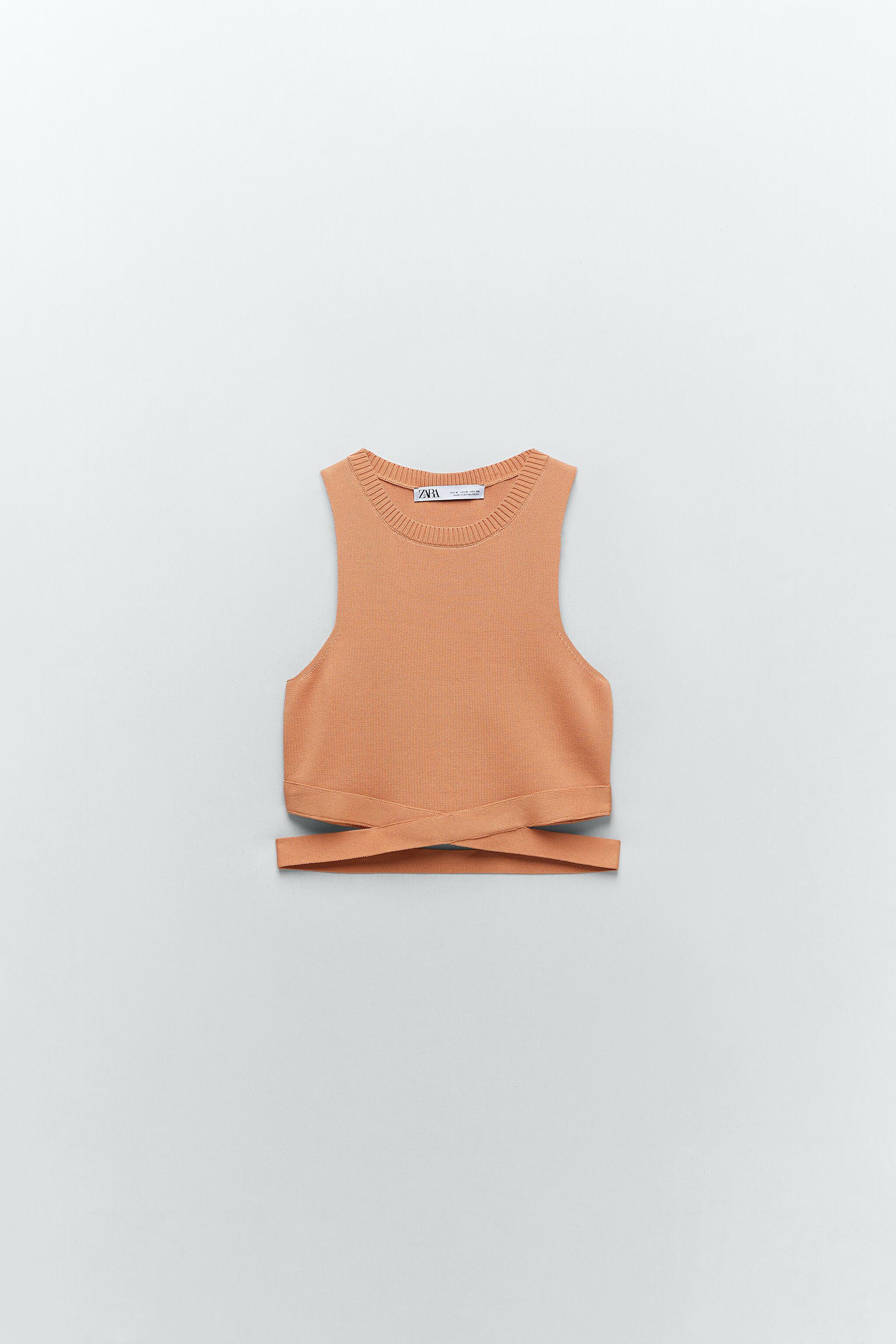 CUT OUT KNIT TOP 4