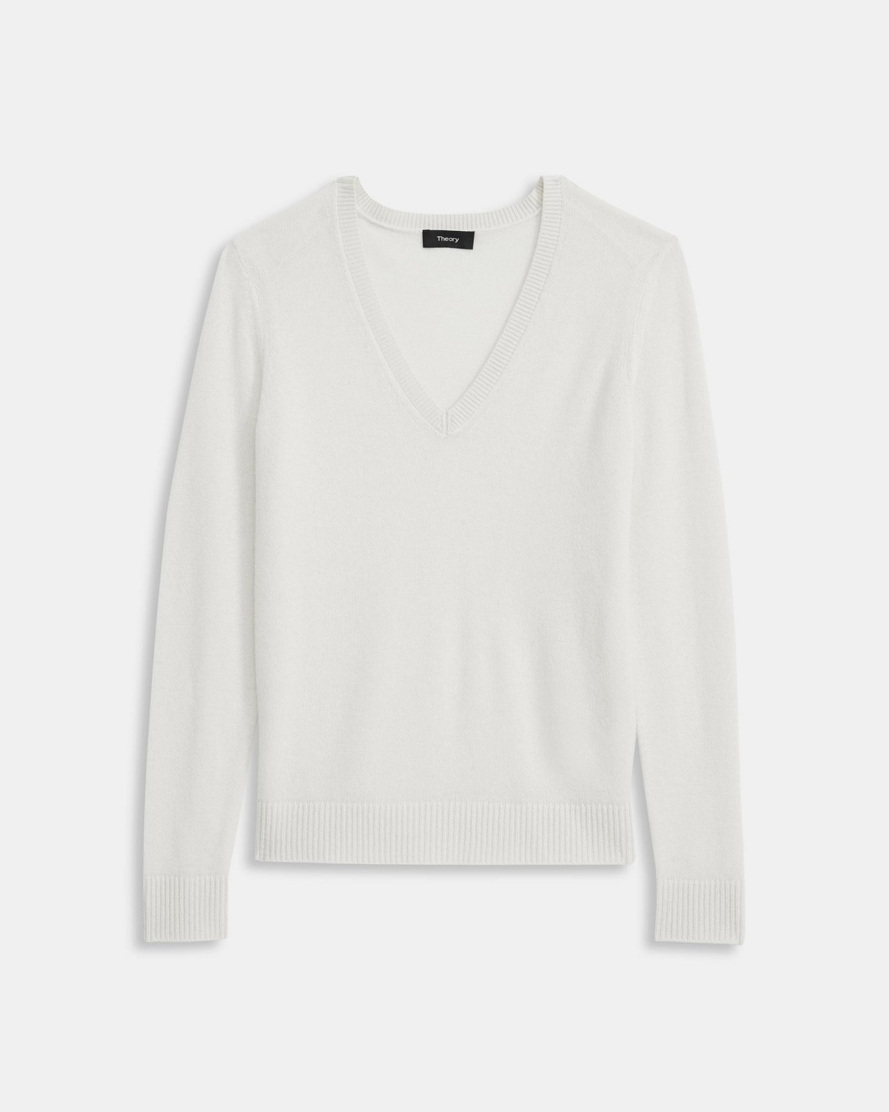 V-Neck Sweater in Feather Cashmere 5