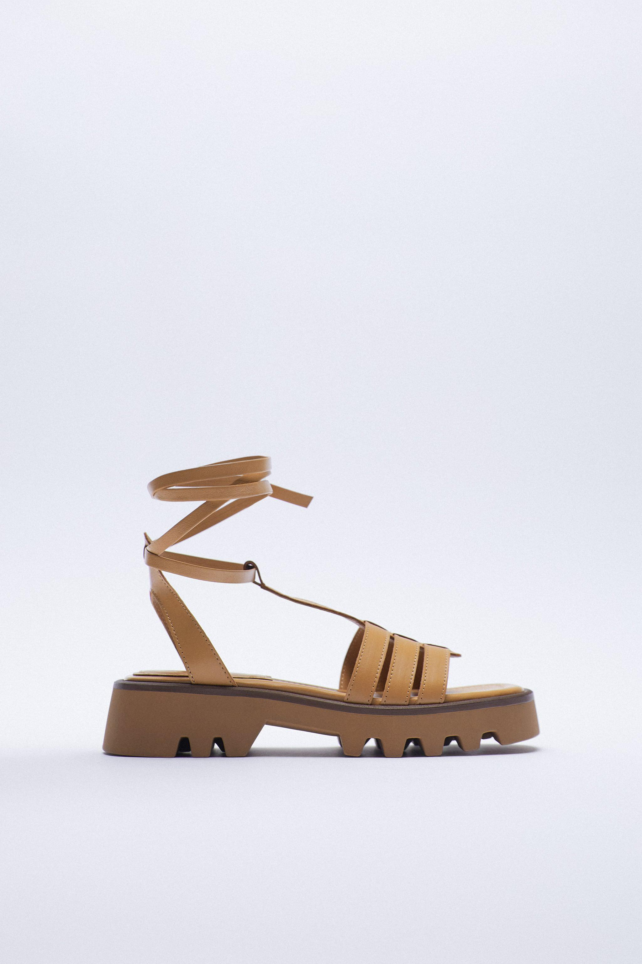 TREADED CHUNKY LEATHER FISHERMAN SANDALS