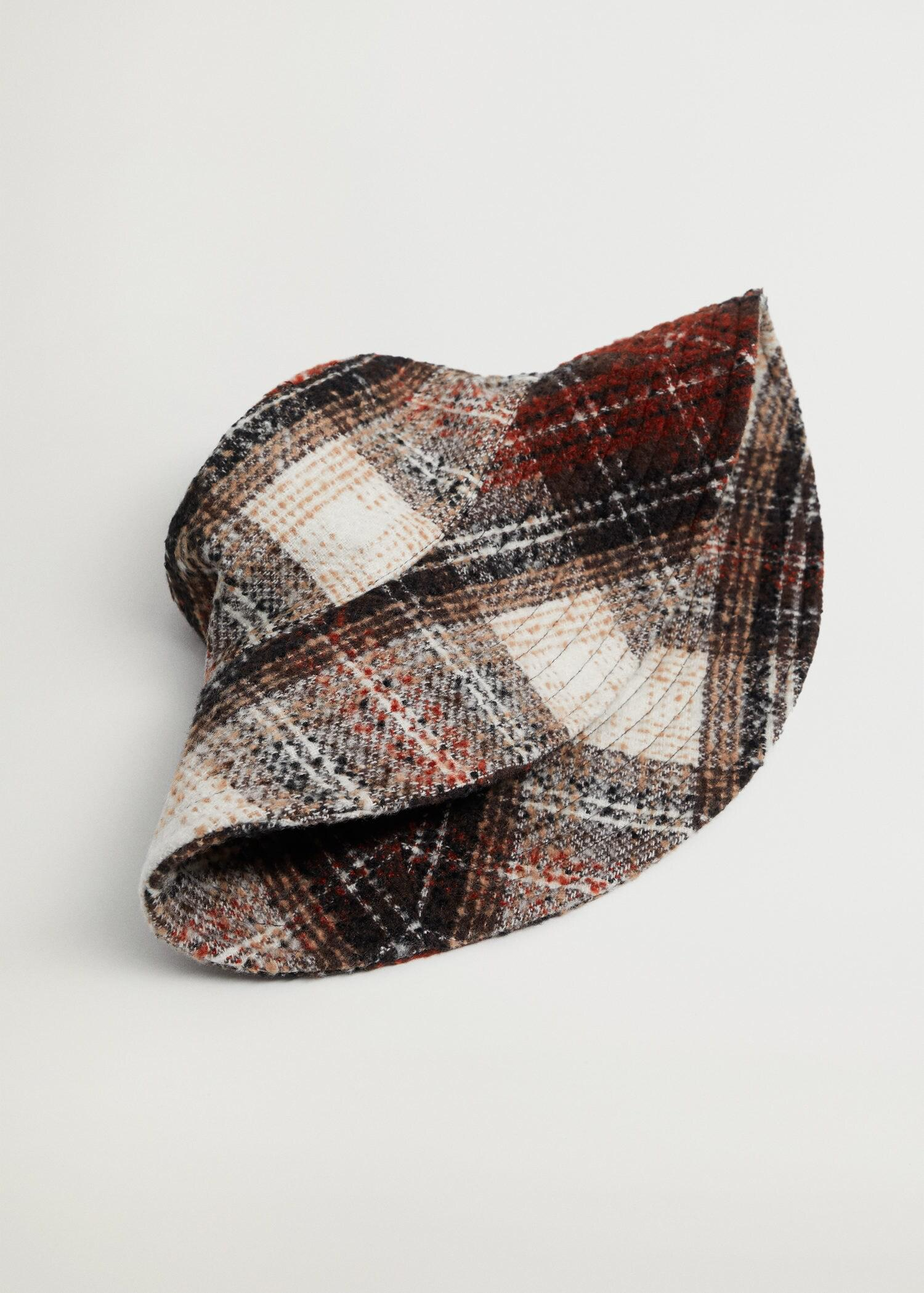 Checked bucket hat 1