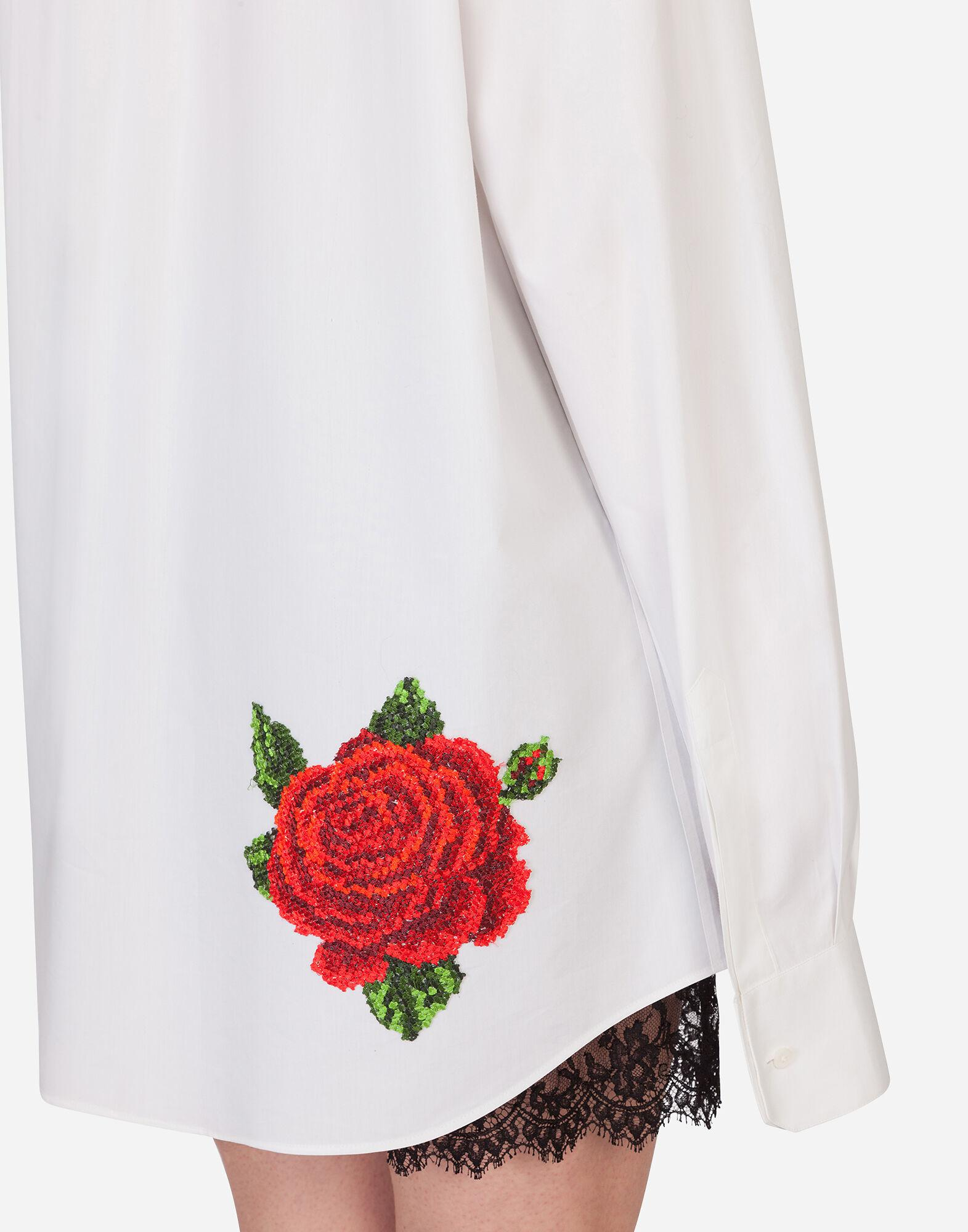 Shirt with hand-embroidered roses 5