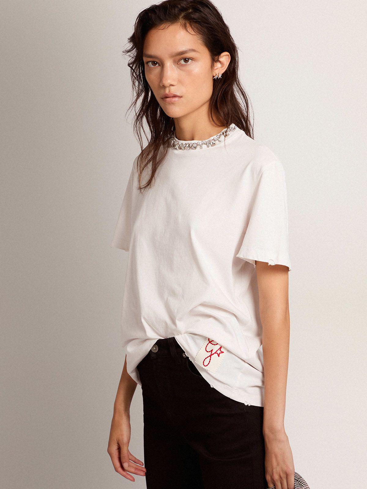 Golden Collection T-shirt in white with cabochon crystals