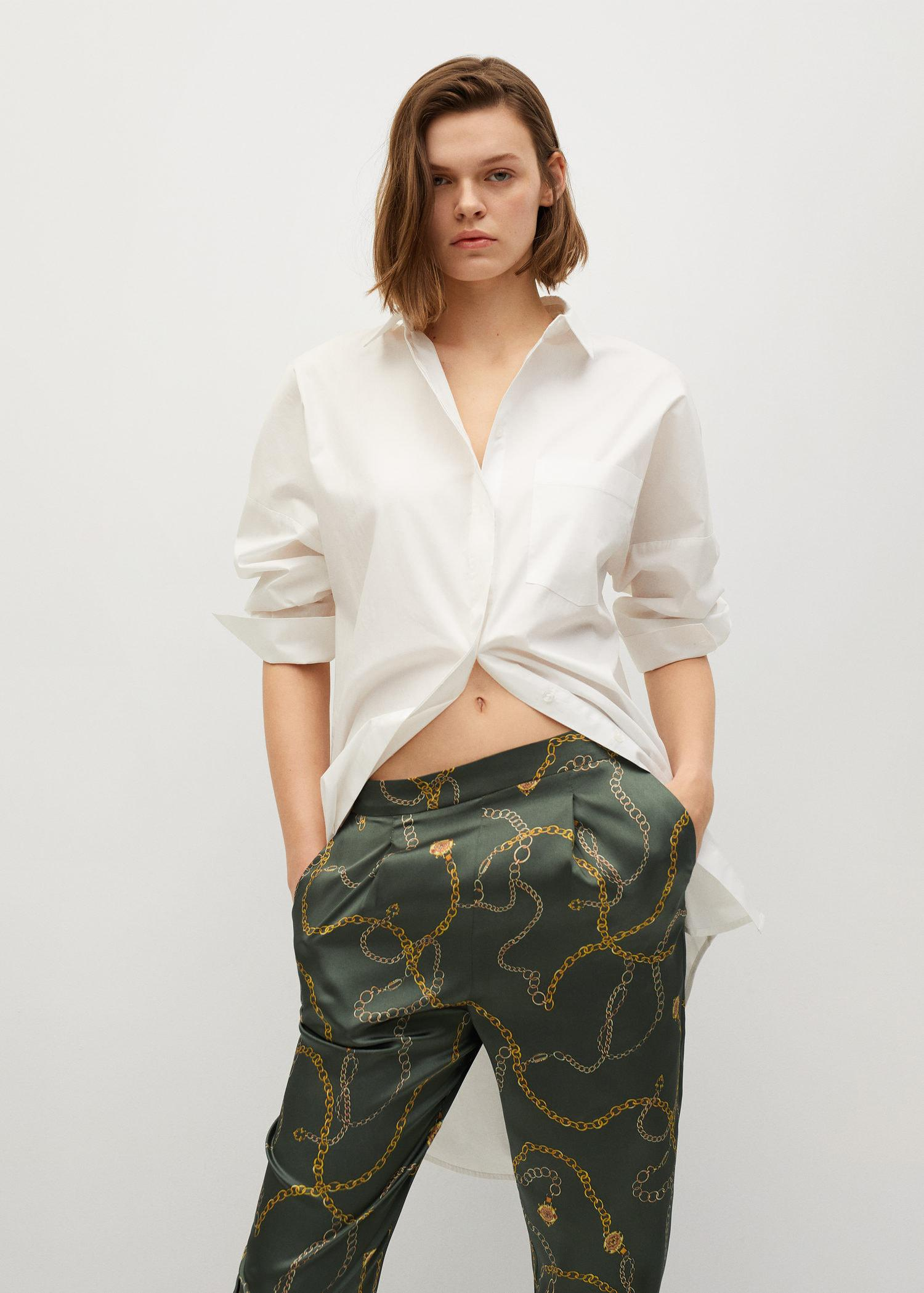 Satin-finish pants with pleat detail 3