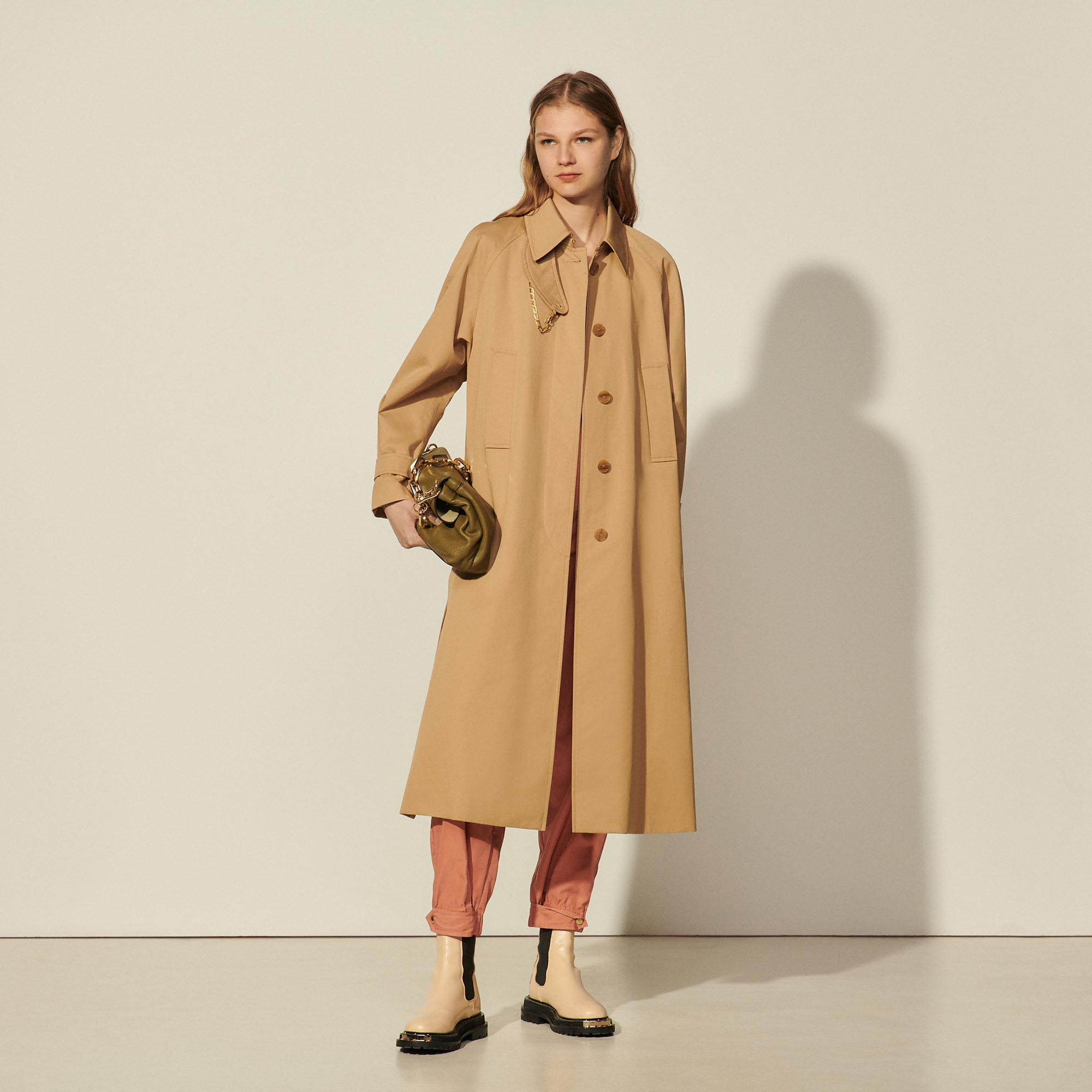 Cotton trench coat with detachable chain