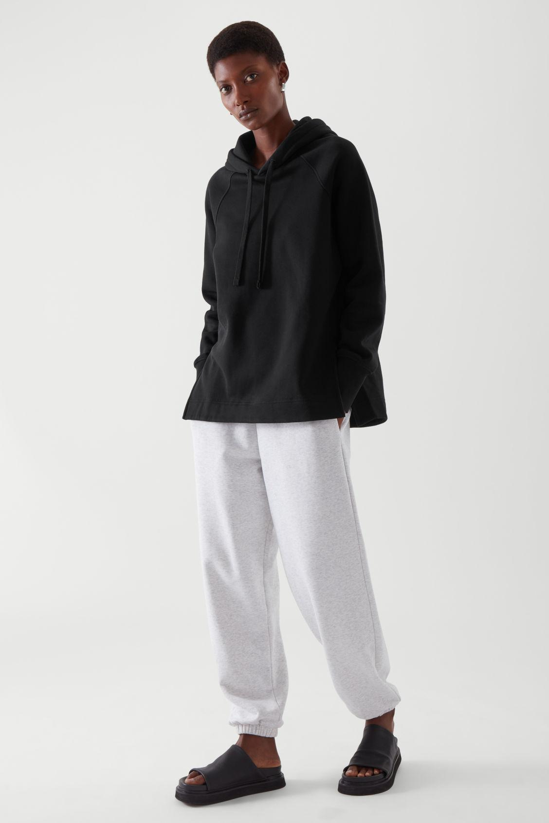 RELAXED-FIT HOODIE 2