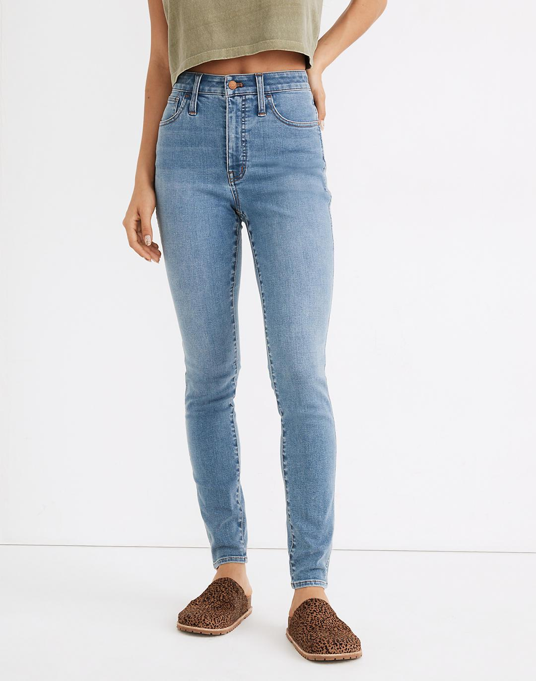Tall Curvy Roadtripper Authentic Skinny Jeans in Conroe Wash