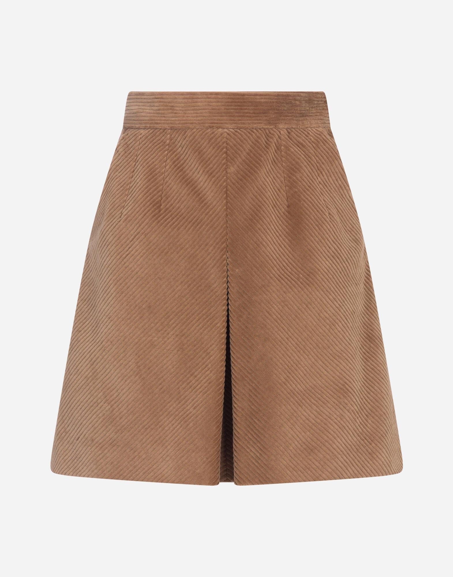 Short skirt in corduroy with kick pleat 3
