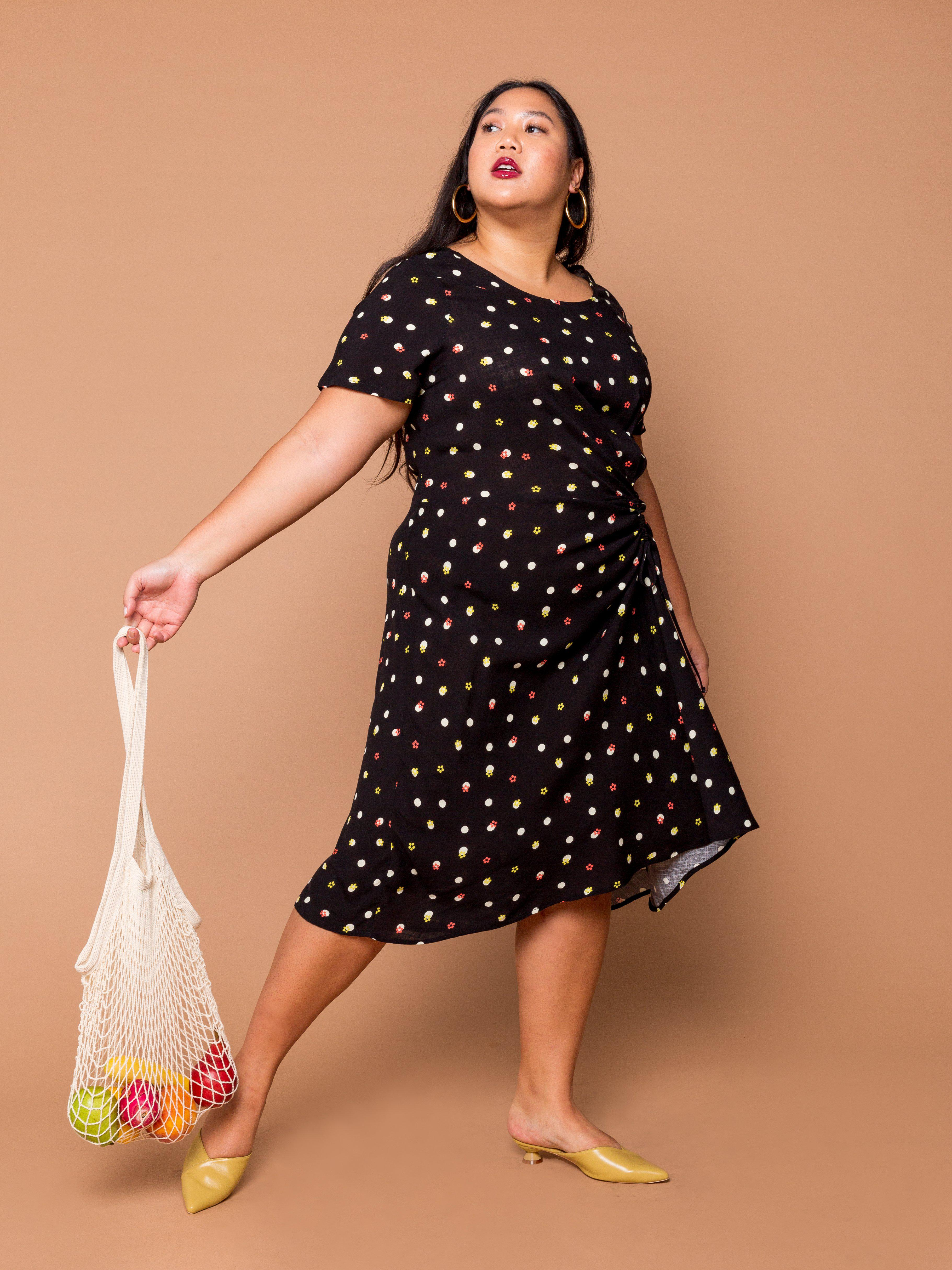 THE EVERYDAY RUCHED DRESS - Delia Dot