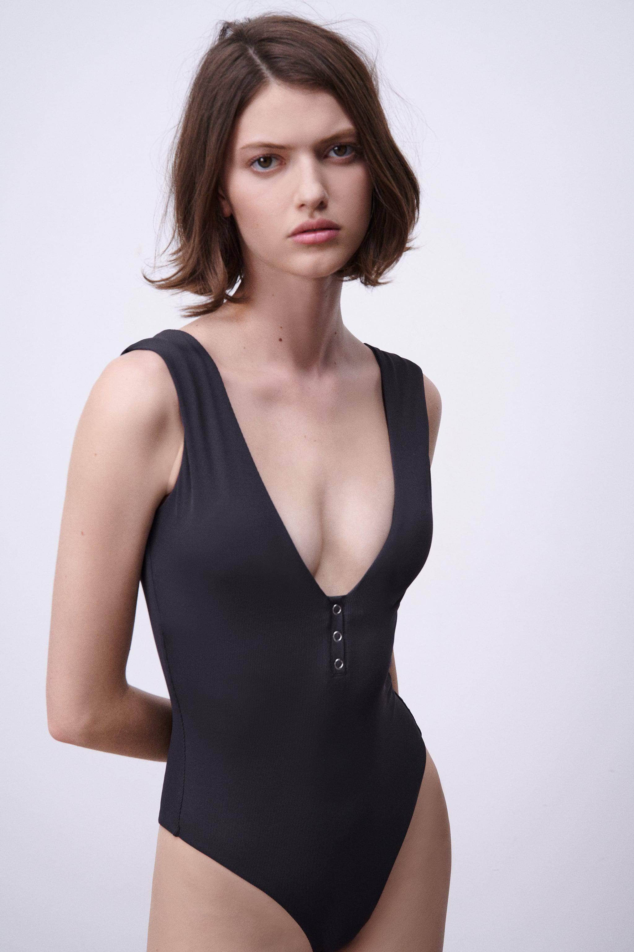 SNAPS RIBBED SWIMSUIT 3