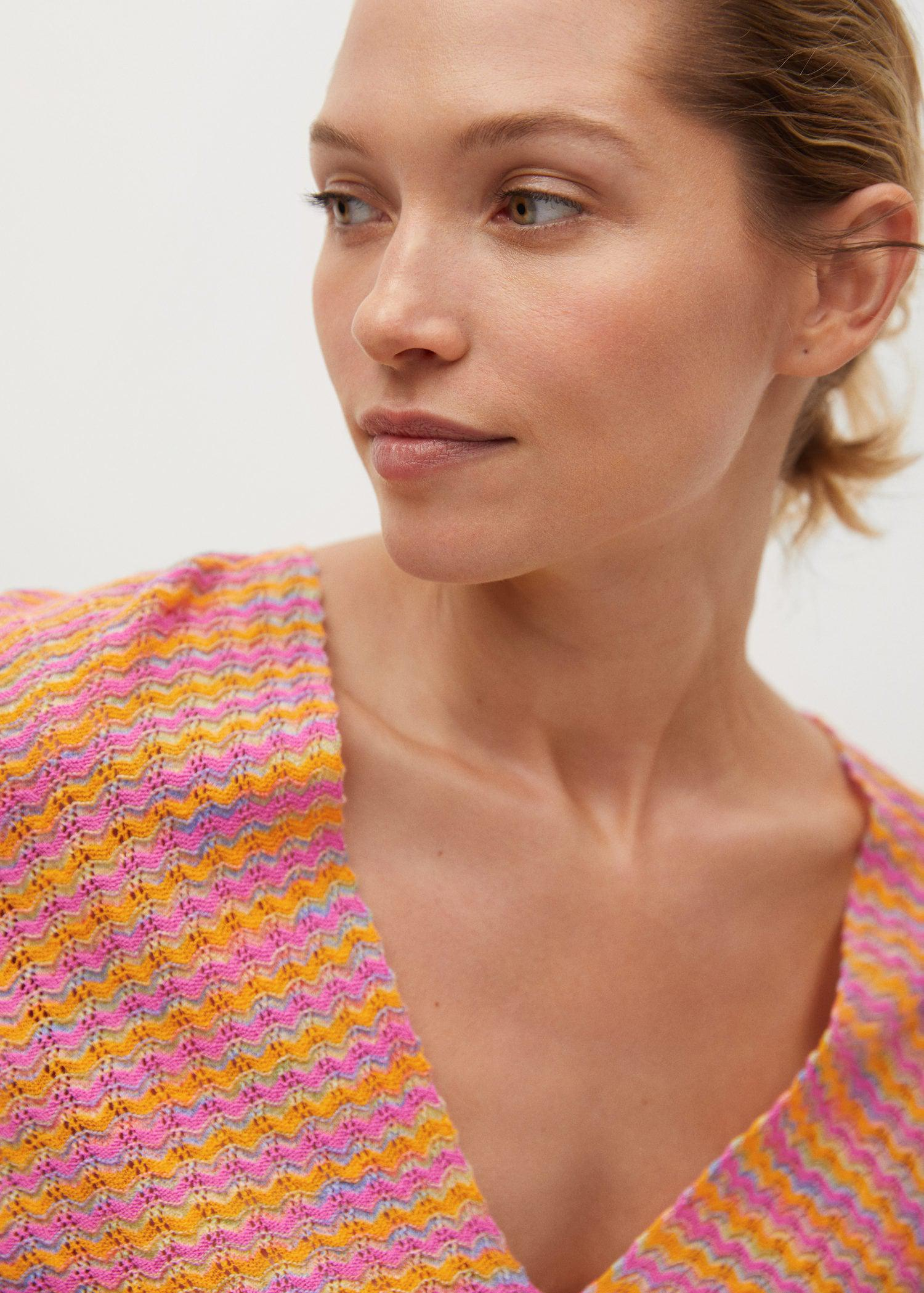 Combined knitted dress with slit 4