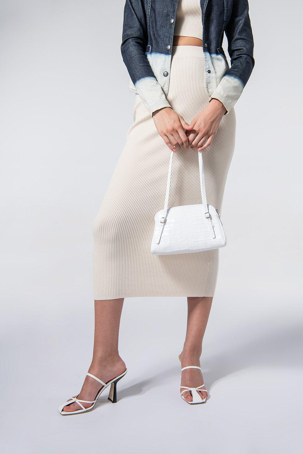Lora White Croco Embossed Leather 4