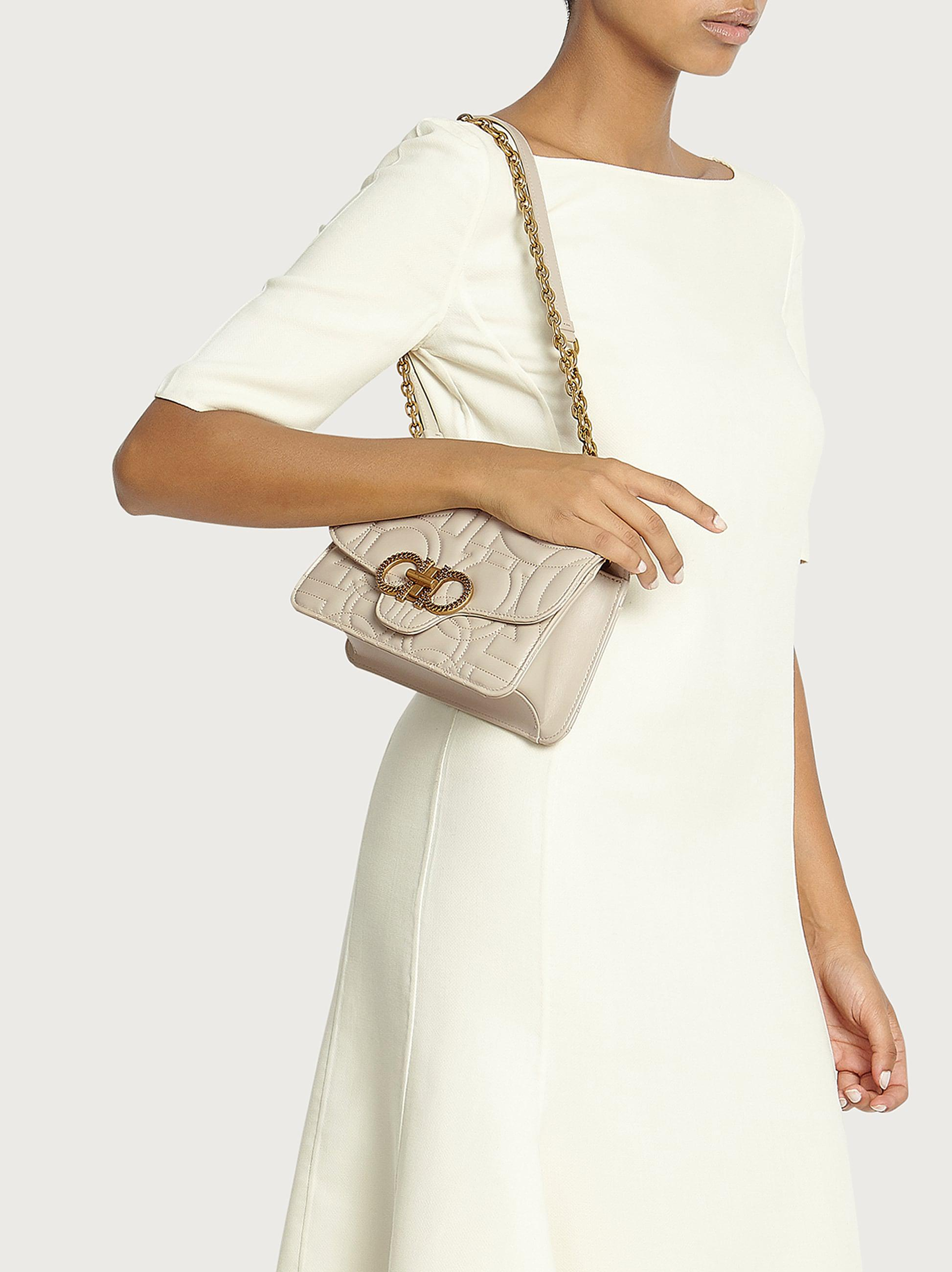 QUILTED GANCINI FLAP BAG (M) 4
