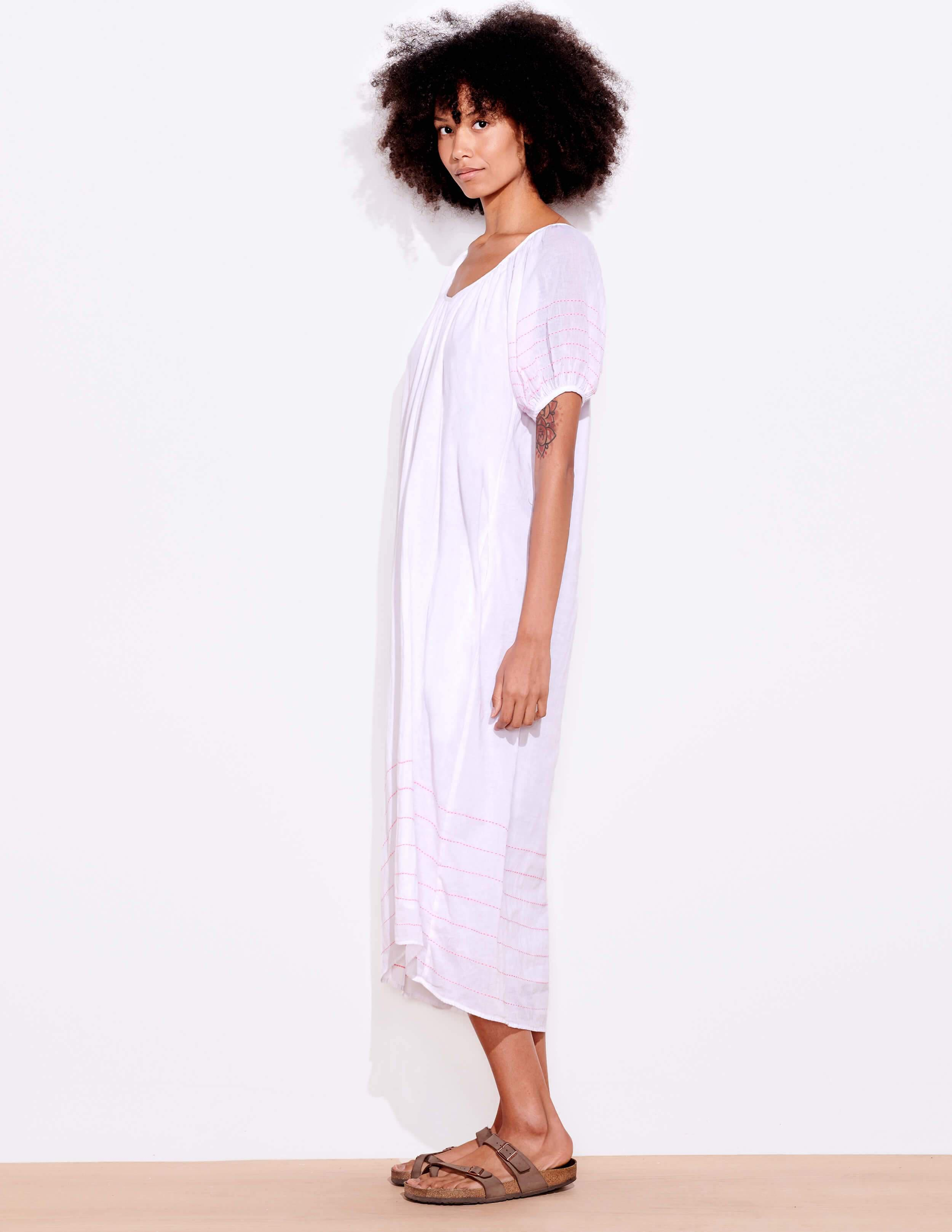 Bubble Sleeve Embroidered Maxi Dress 2