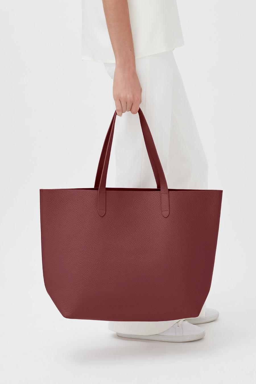Women's Classic Leather Tote Bag in Merlot Painted   Pebbled Leather by Cuyana 4