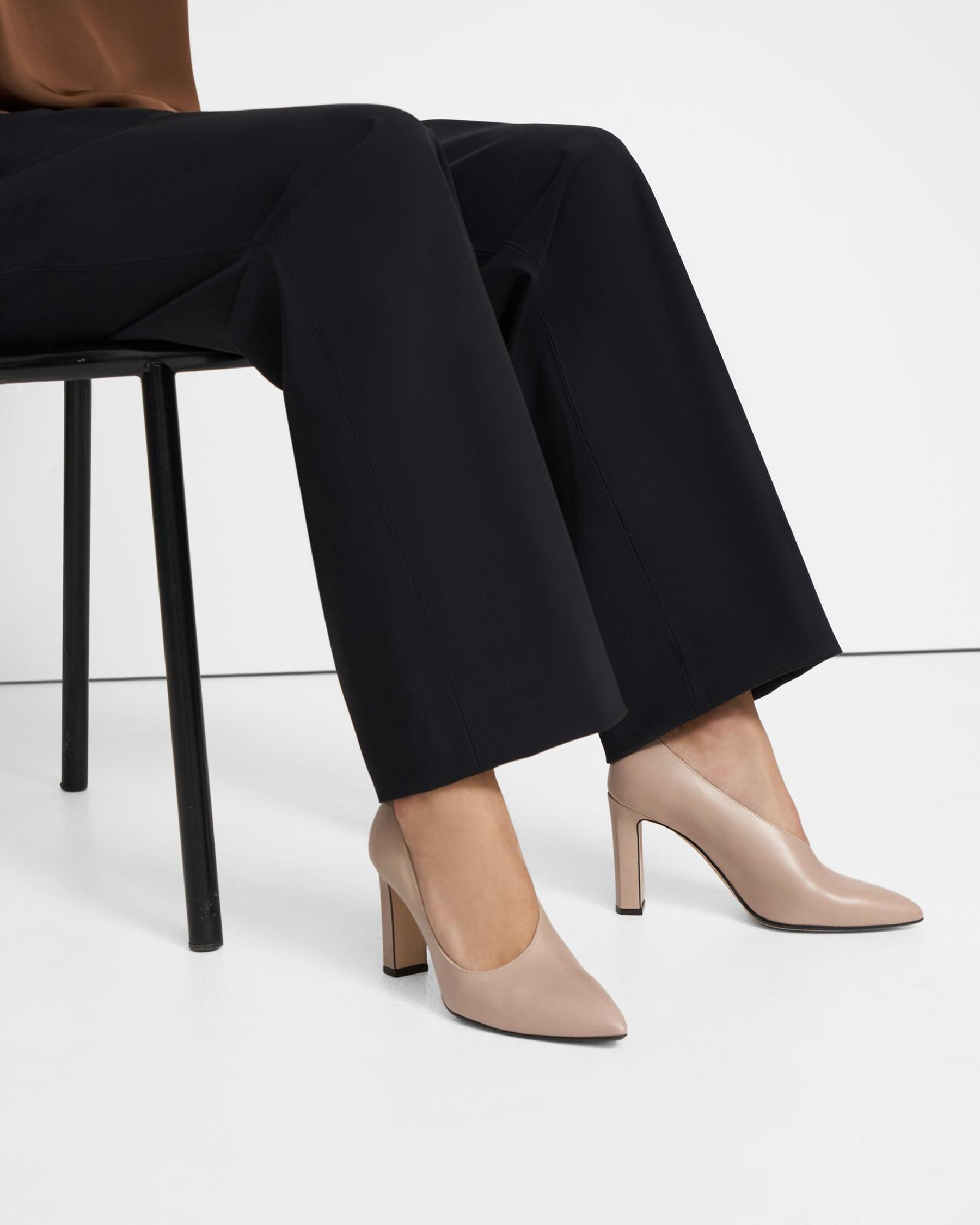 Asymmetrical Pump in Glossed Leather