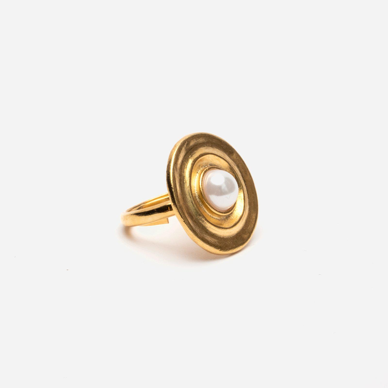 Pearl Sphere Gold Ring