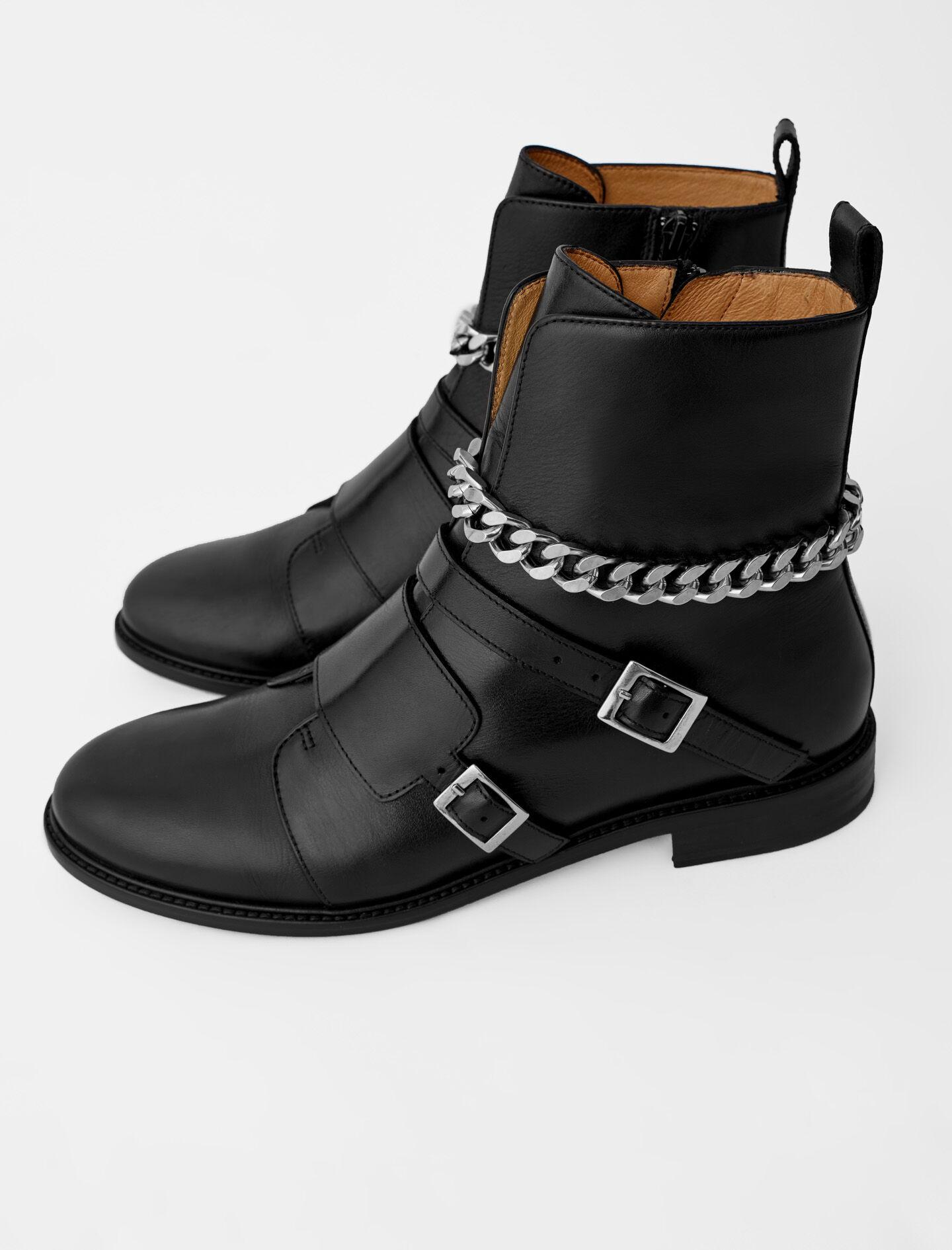 FLAT ANKLE BOOTS WITH STRAPS AND CHAIN 1