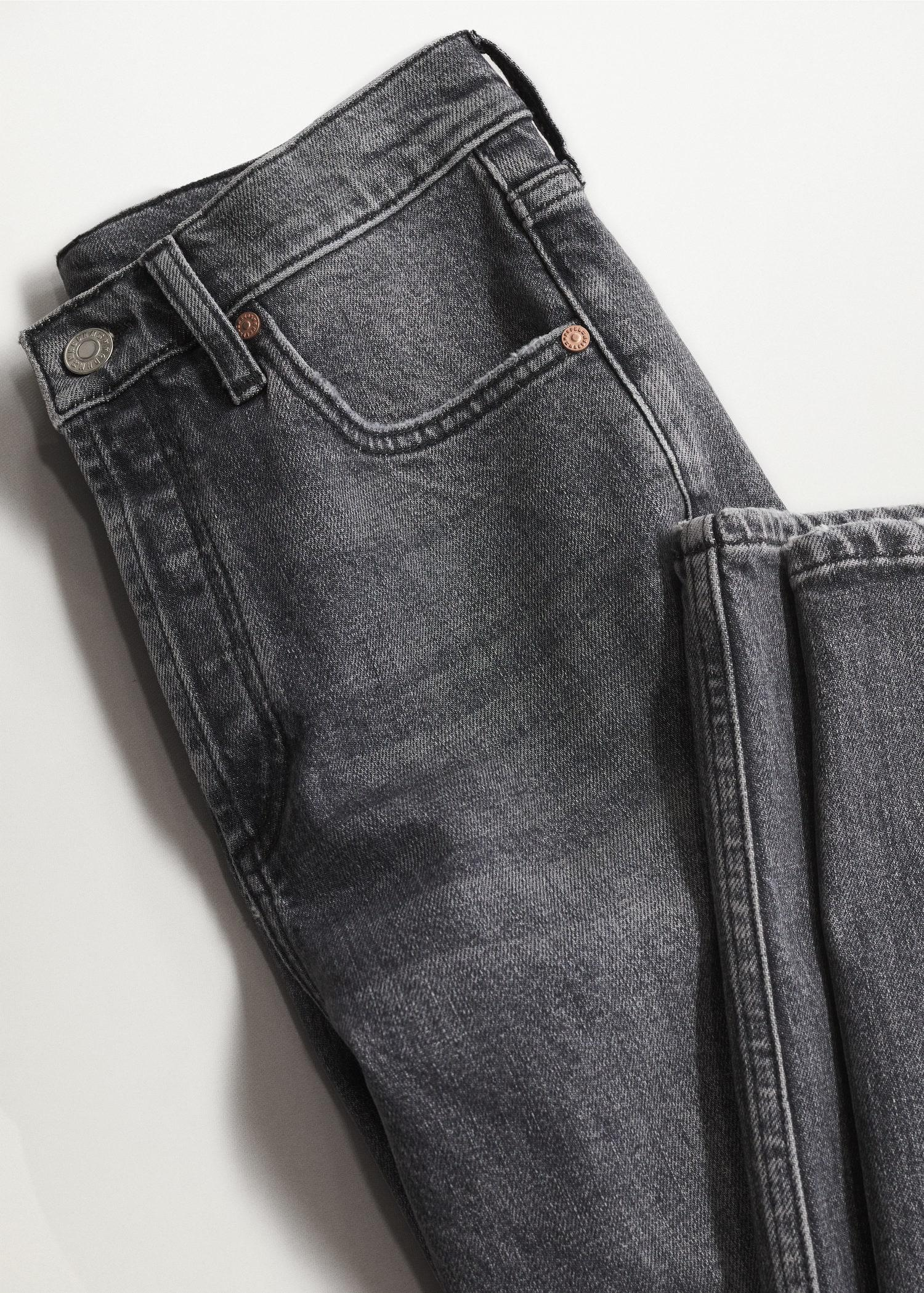 Ankle-length straight-fit jeans 6