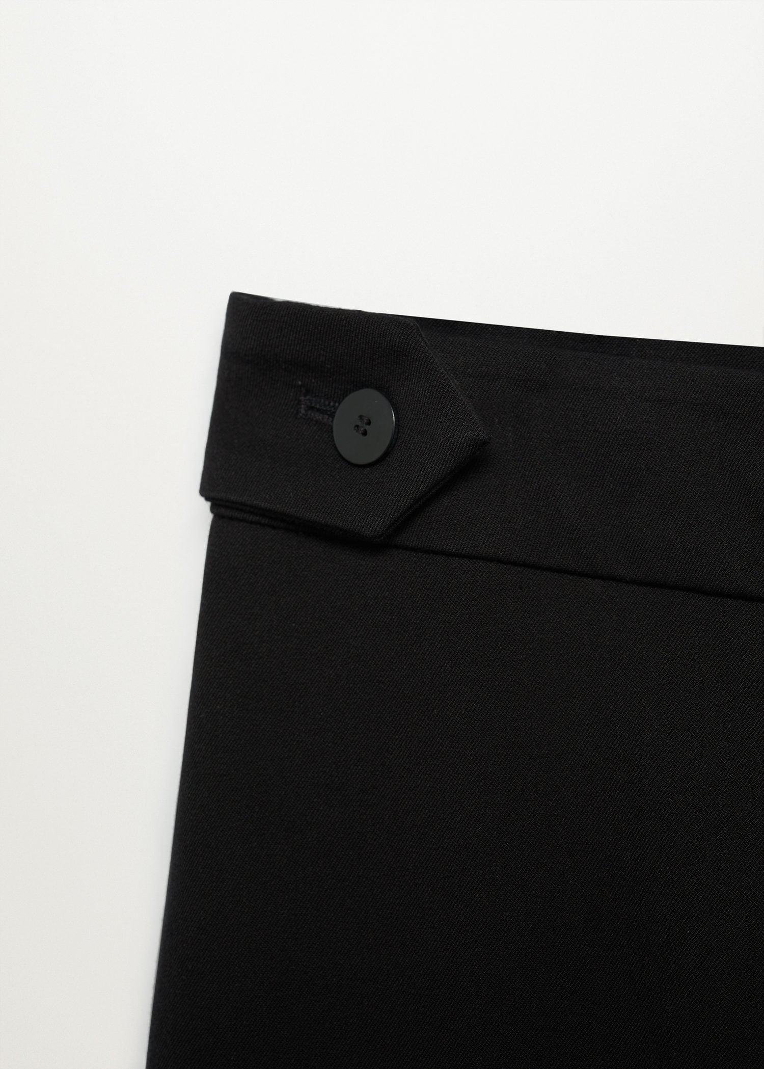 Side buttons pants 5