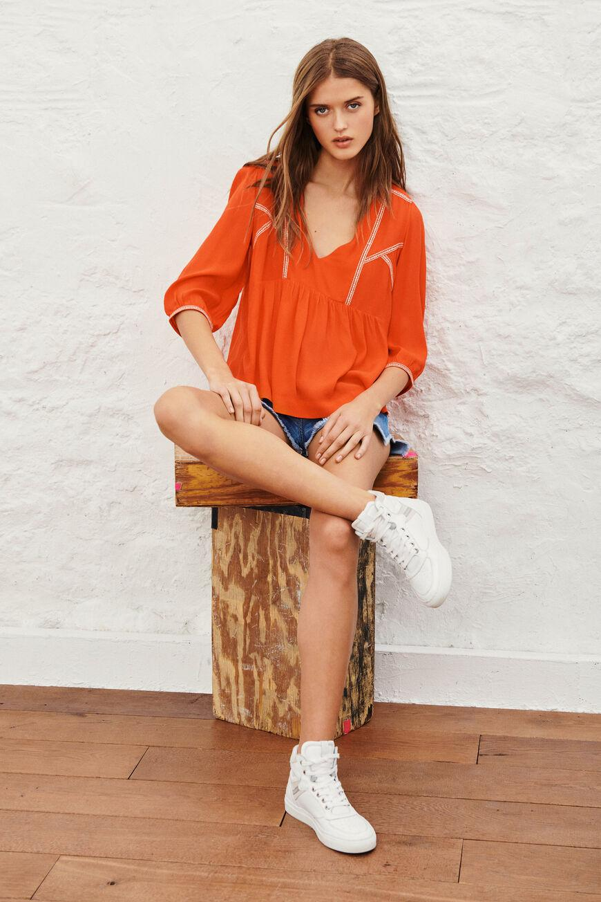 amber.EMBROIDERED BLOUSE