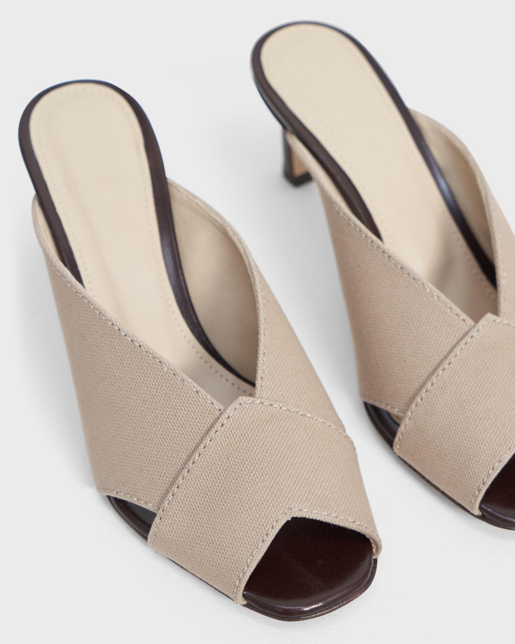 V Mule in Cotton Canvas