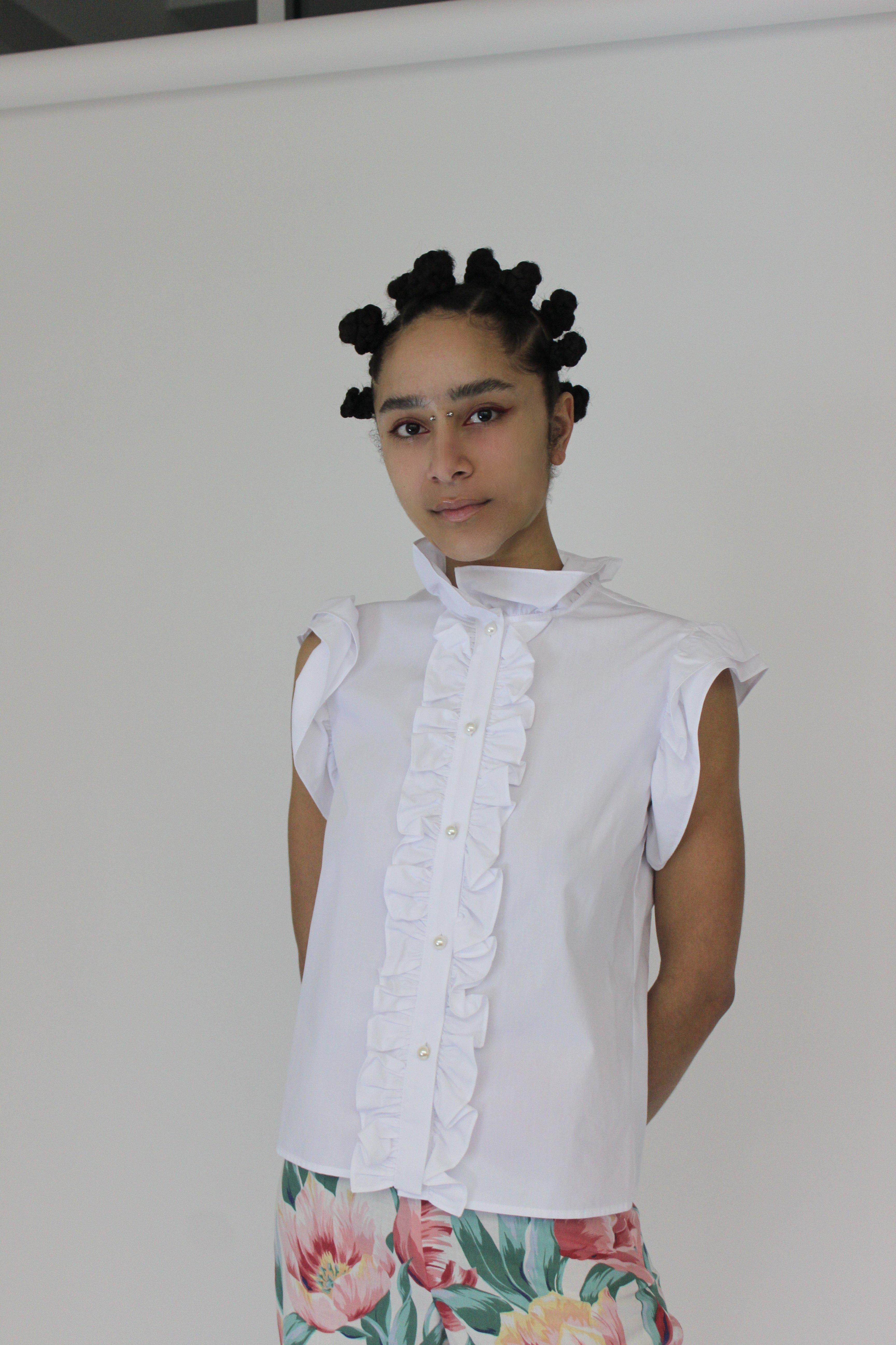 Claude Blouse in White Cotton