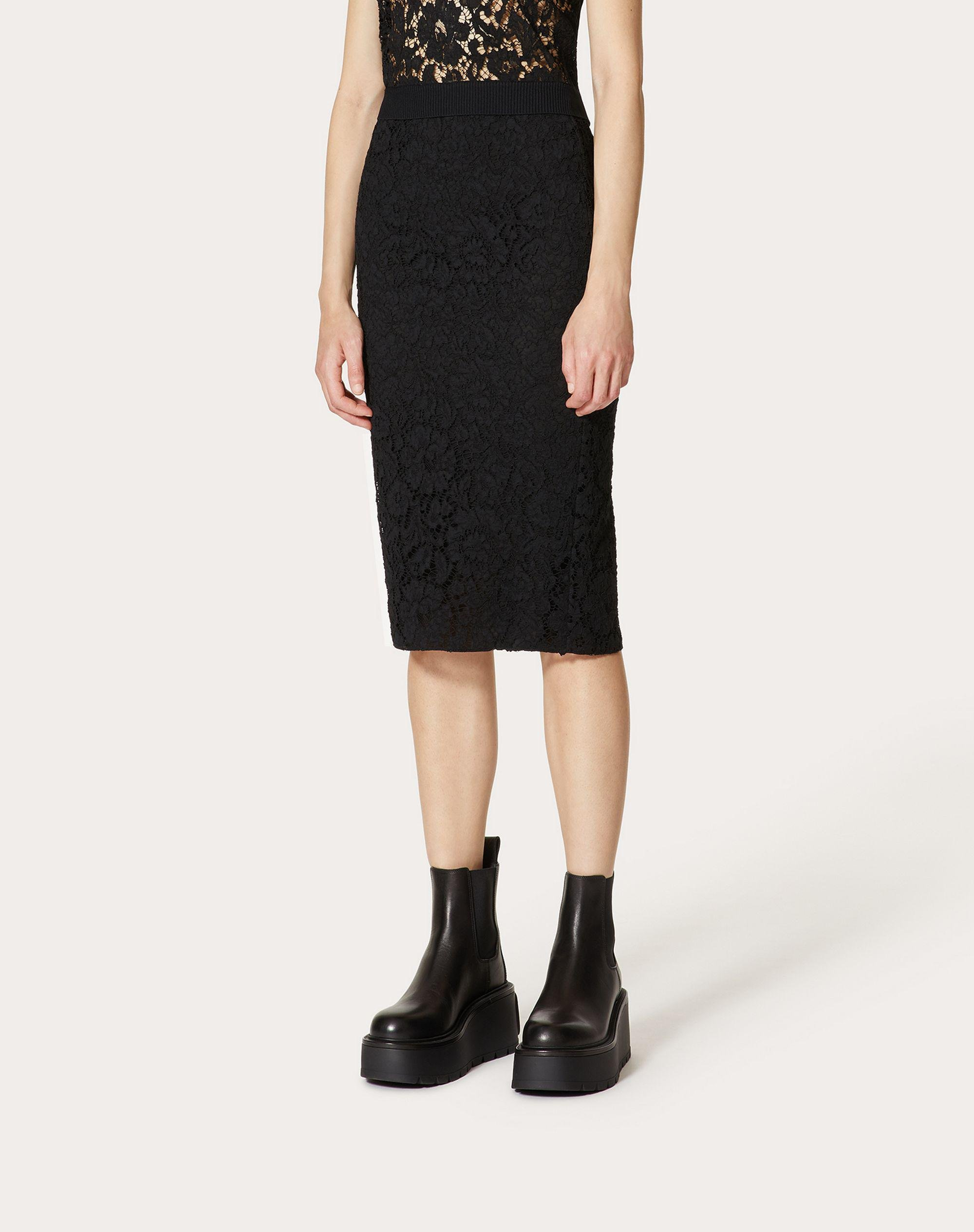 STRETCH HEAVY LACE PENCIL SKIRT 1