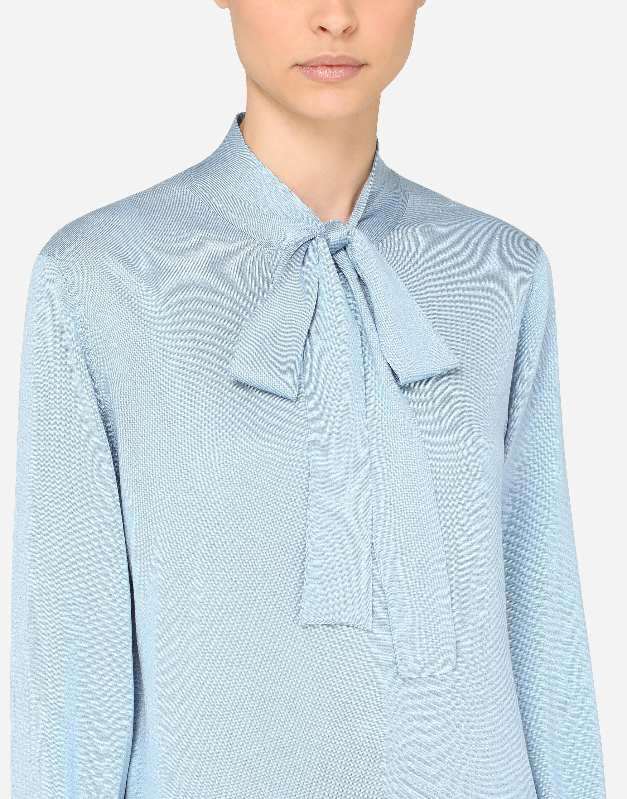 Silk blouse with pussy bow 4