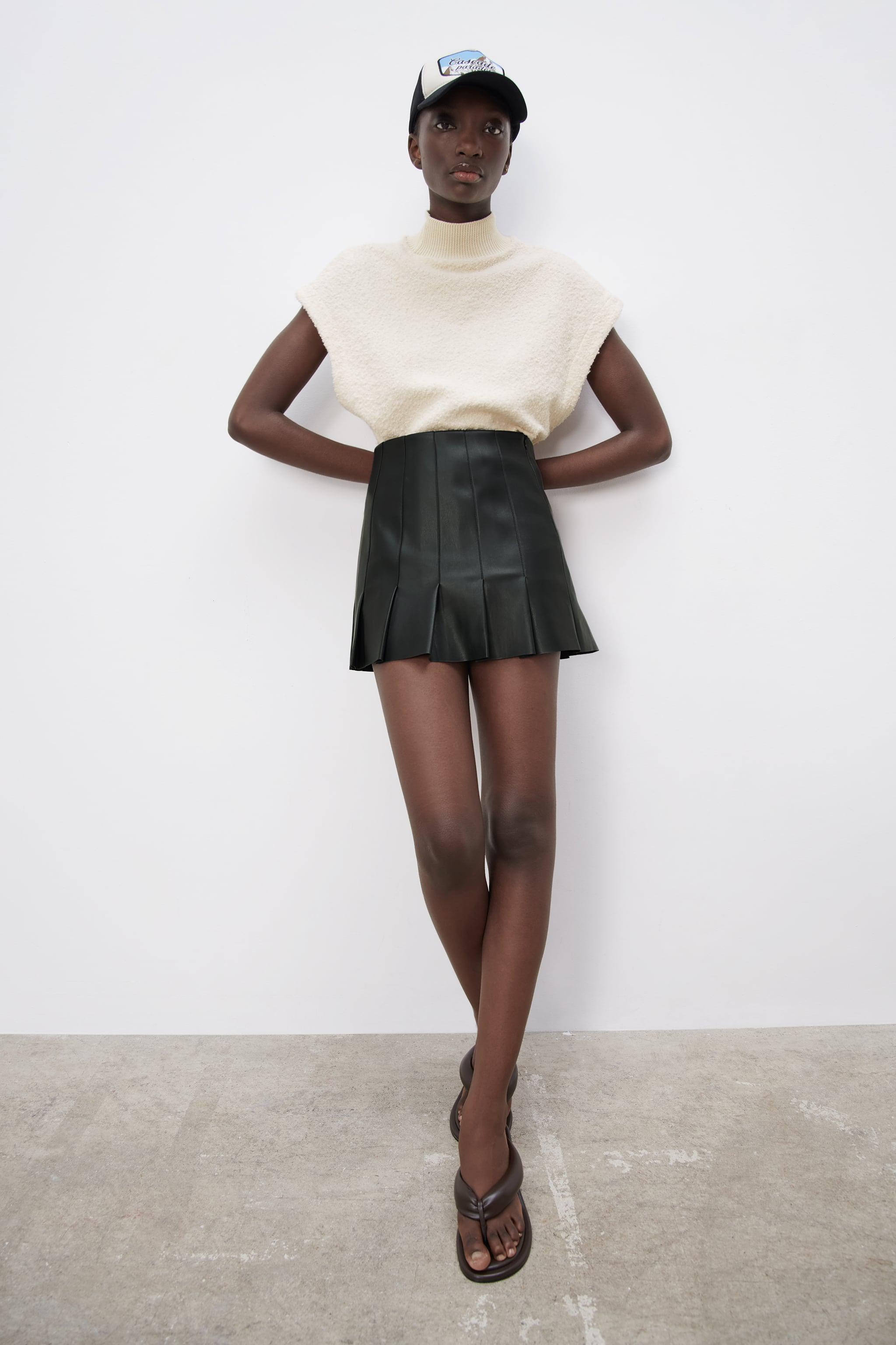FAUX LEATHER BOX PLEAT SKIRT 3