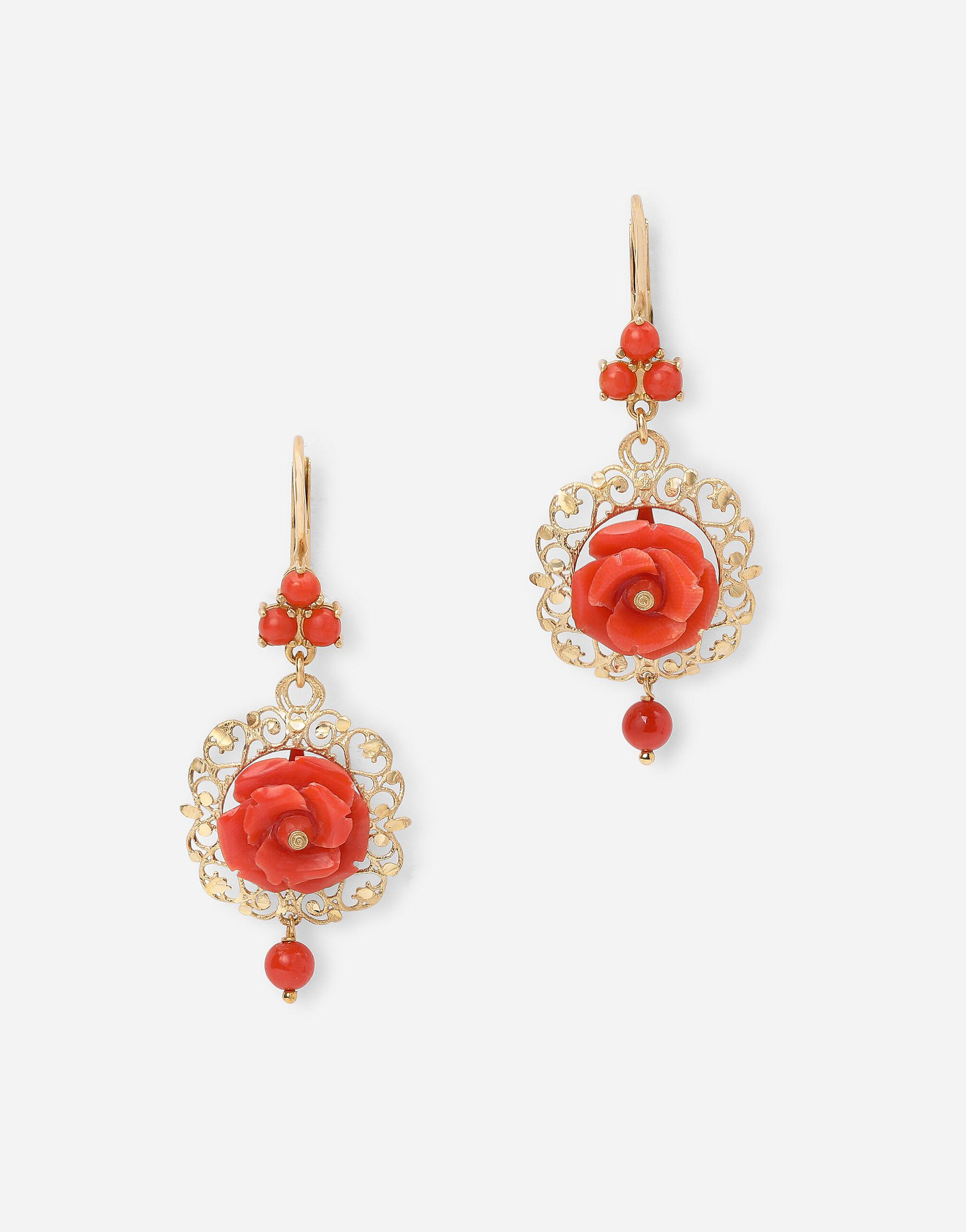 Coral leverback earrings in yellow 18kt gold with coral roses