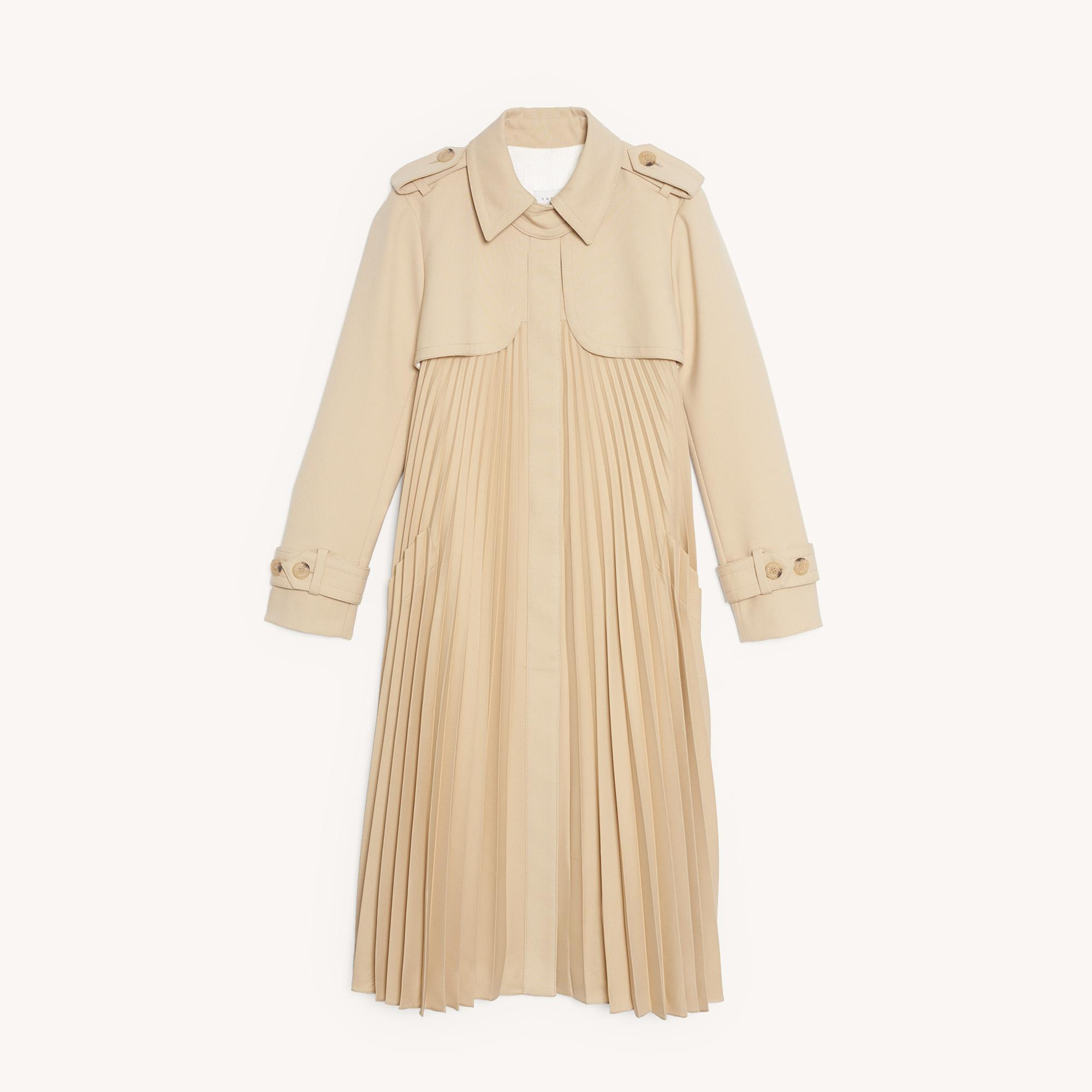 Pleated trench coat with belt 5