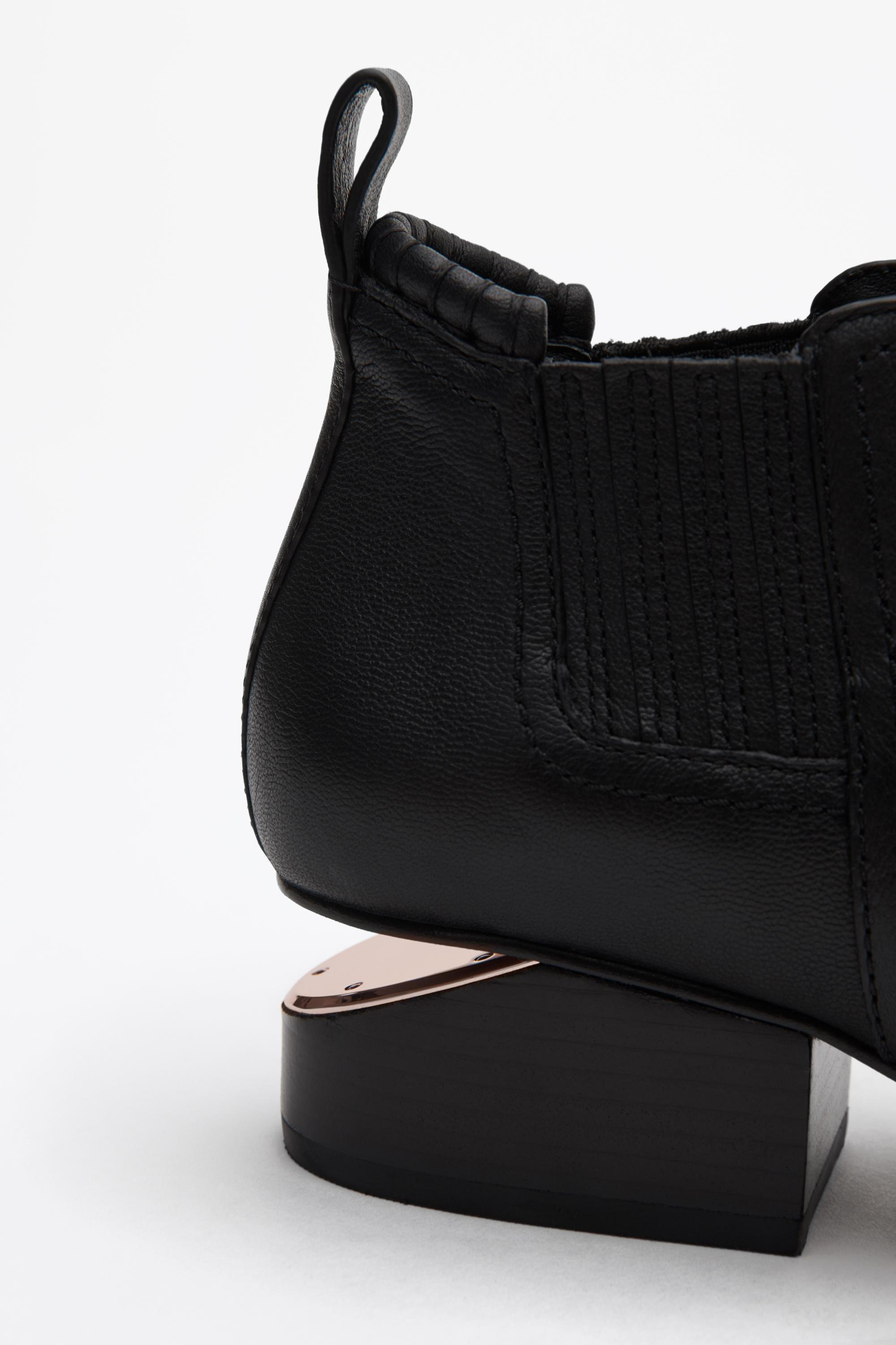 kori bootie with rose gold 1