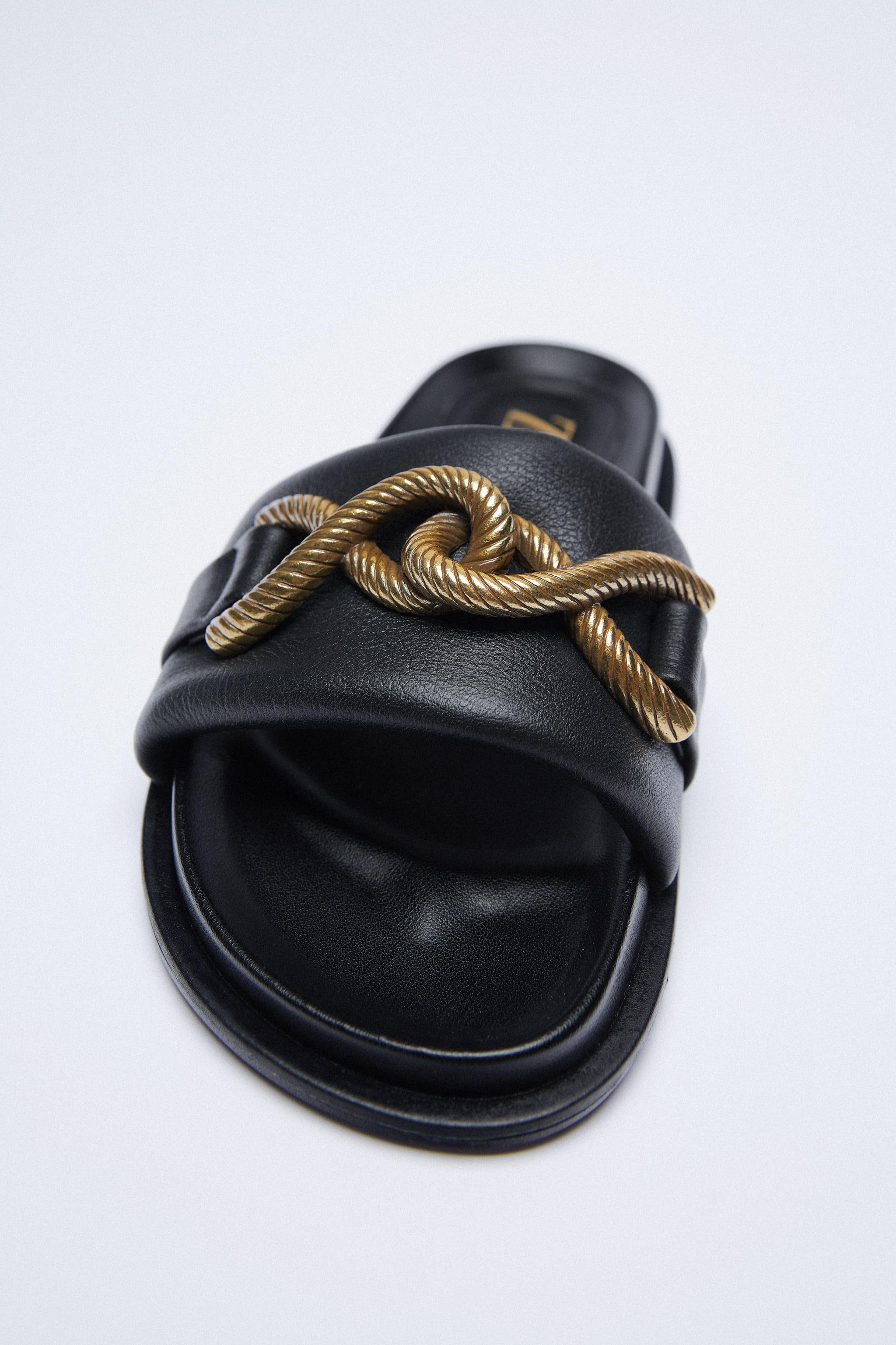 METAL BUCKLE FLAT LEATHER SANDALS 1