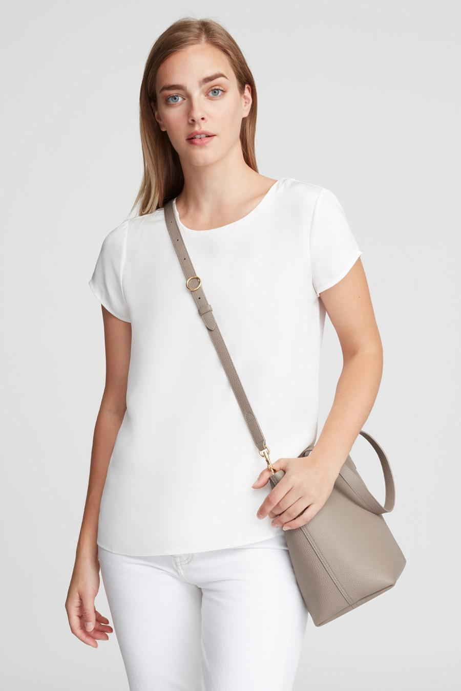 Women's Small Structured Leather Tote Bag in Stone/Blush Pink   Pebbled Leather by Cuyana 5