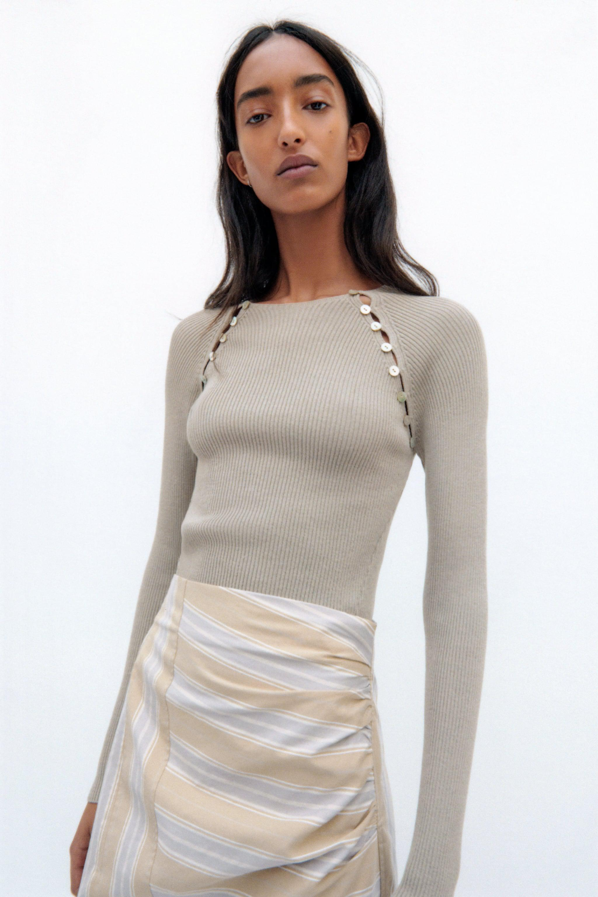 KNIT SWEATER WITH BUTTONS