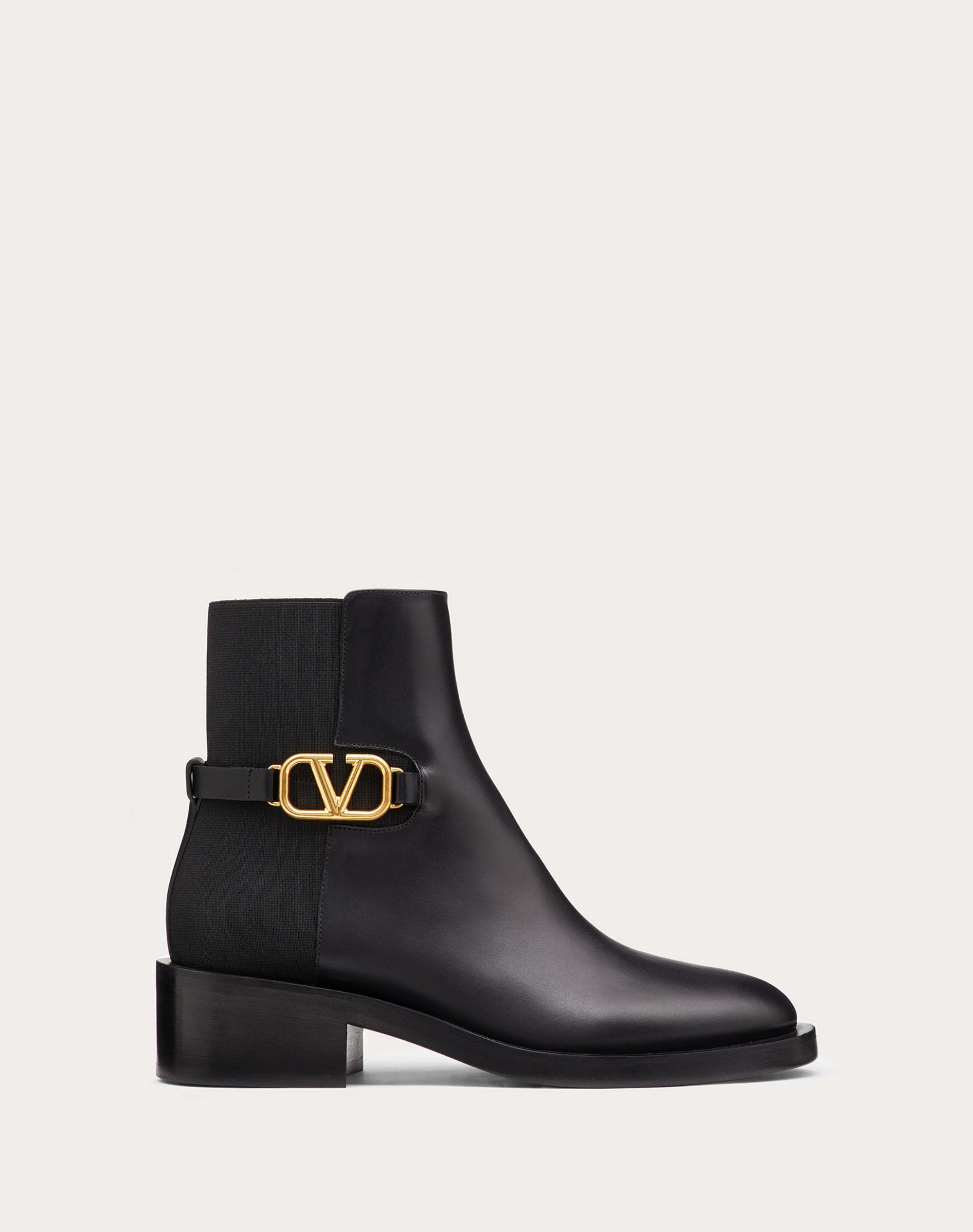 VLOGO SIGNATURE CALFSKIN ANKLE BOOT 30MM