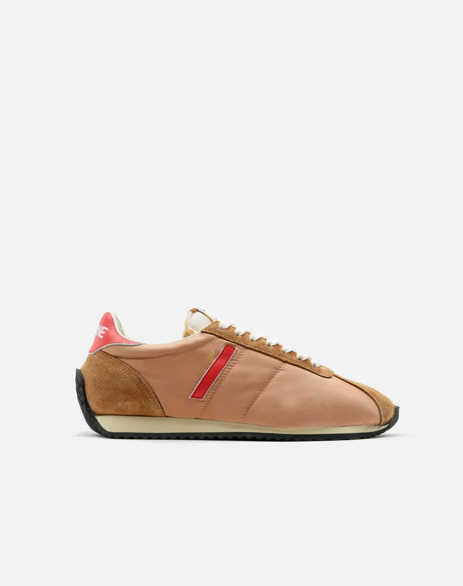 70s Runner Shoe - Tan and Red