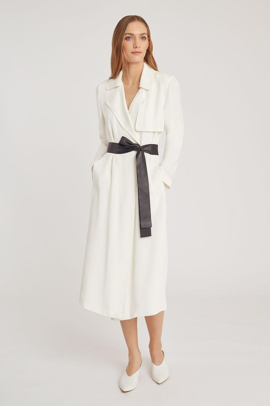 Women's Silk Classic Trench in White | Size: 3